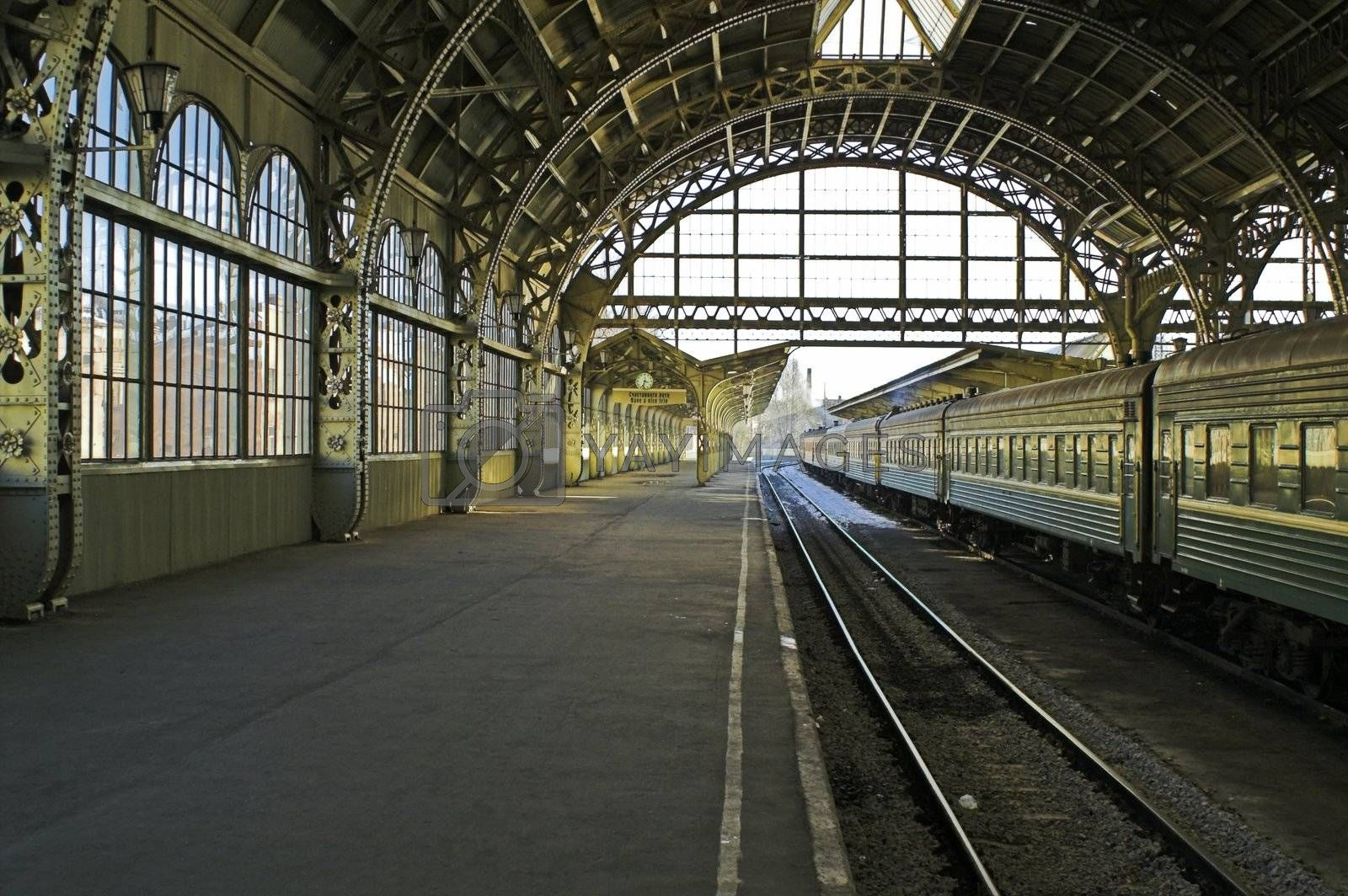 Railroad station platform by simfan