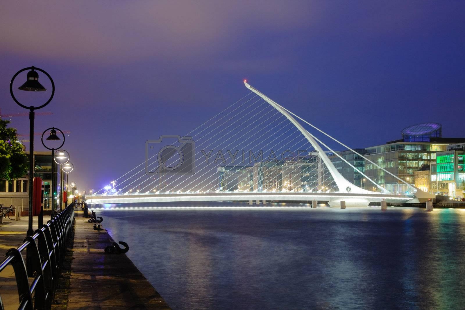Samuel Beckett Briddge in Dublin at night