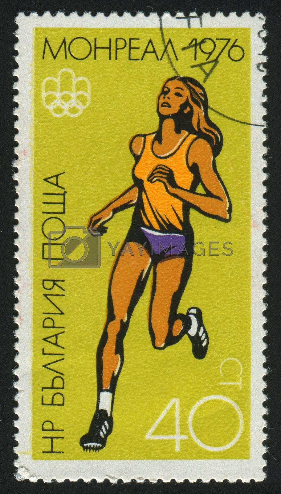 BULGARIA - CIRCA 1976: stamp printed by Bulgaria, shows woman runner, circa 1976.