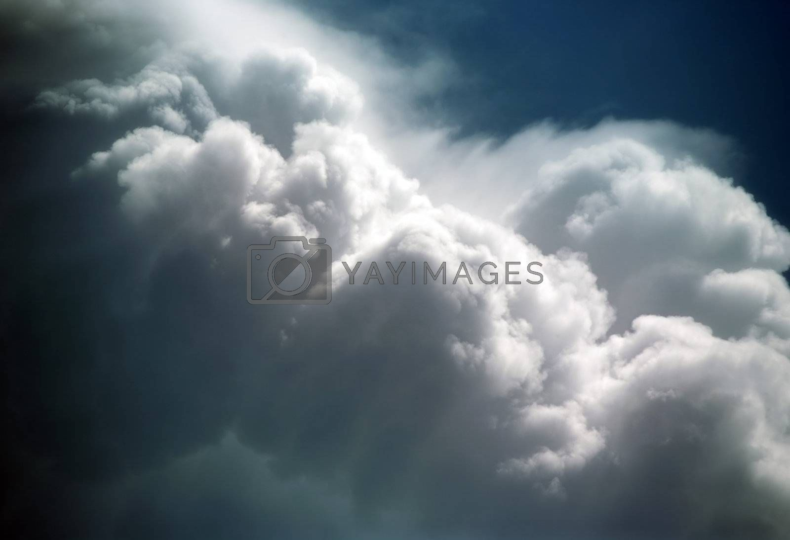 Blue sky with white clouds - horizontal image