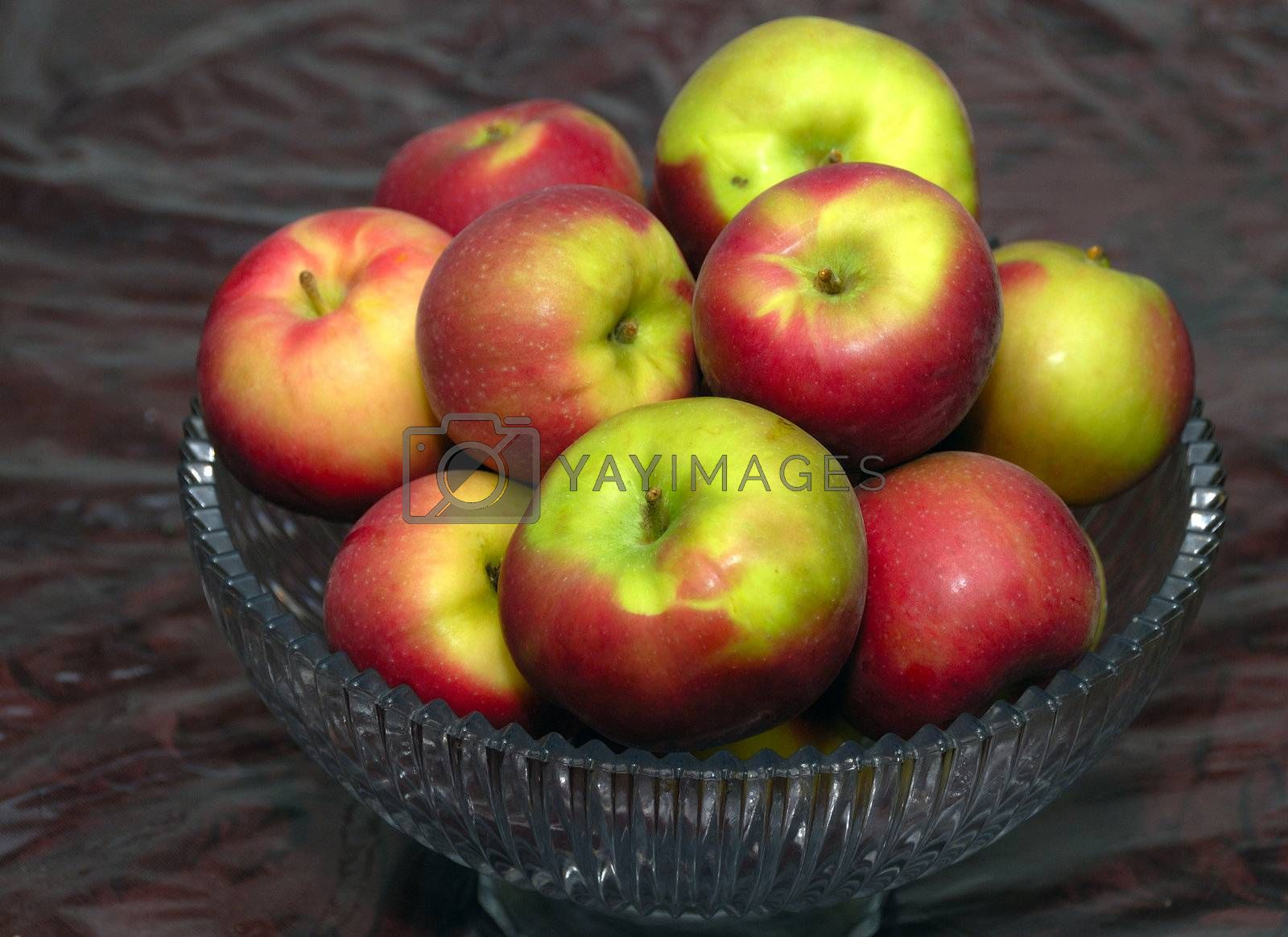 Apples by pazham