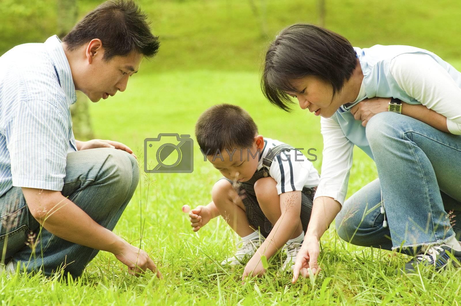Asian family by szefei