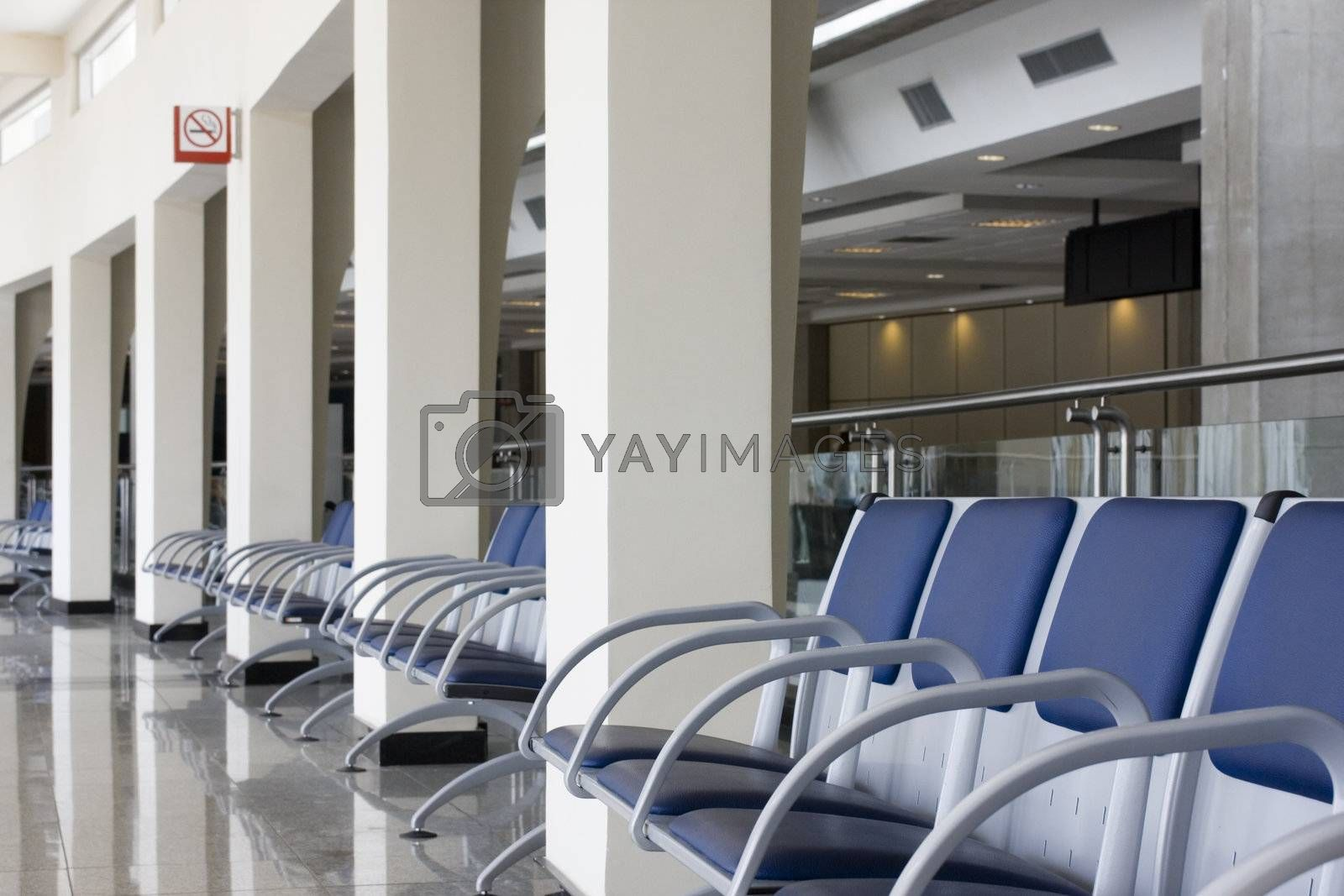 Airport lounge by ArtmannWitte