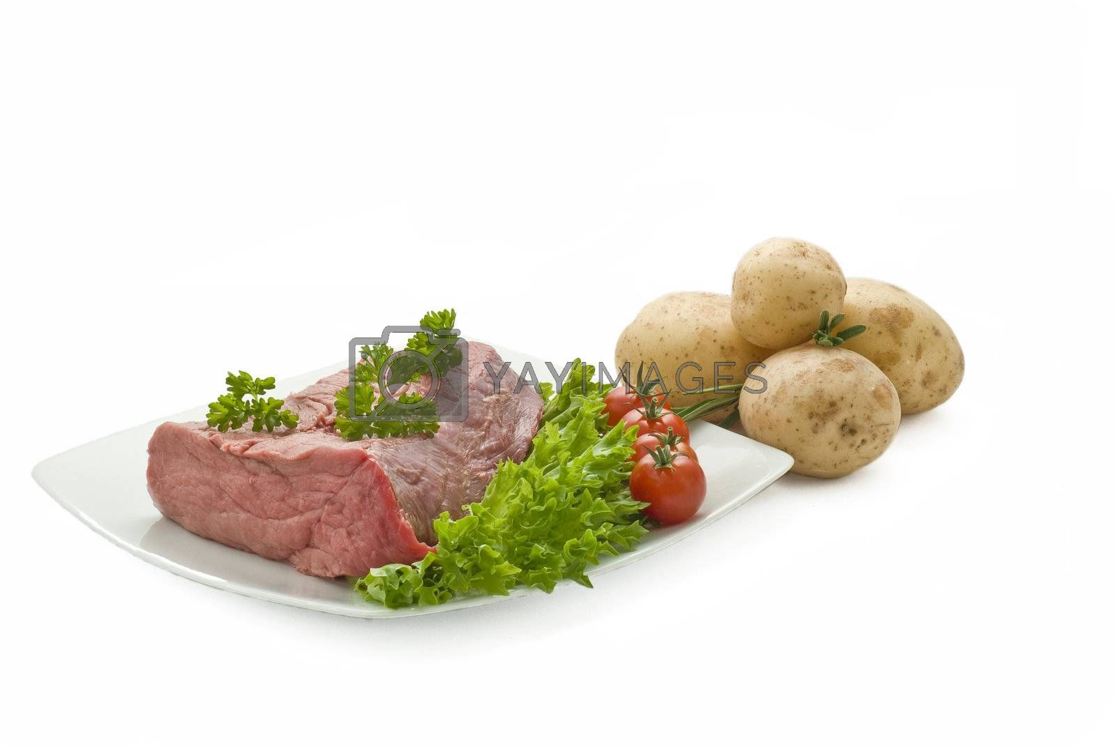 fresh beef joint with vegetables by caldix