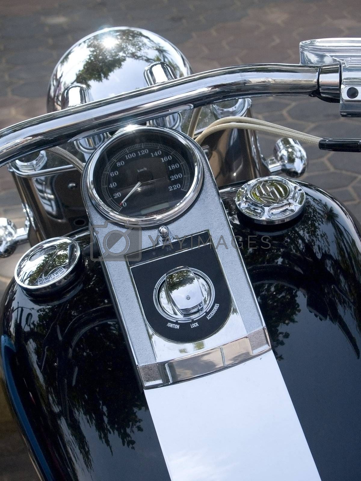Front of motorcycle by epixx