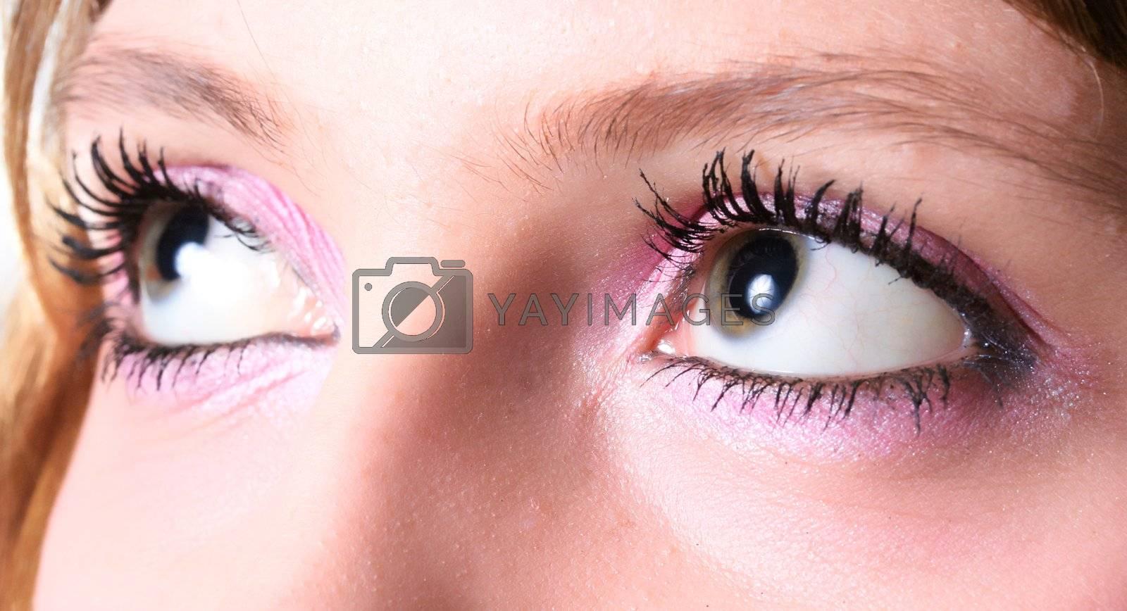 face skin eyesight make-up human eyelash mascara