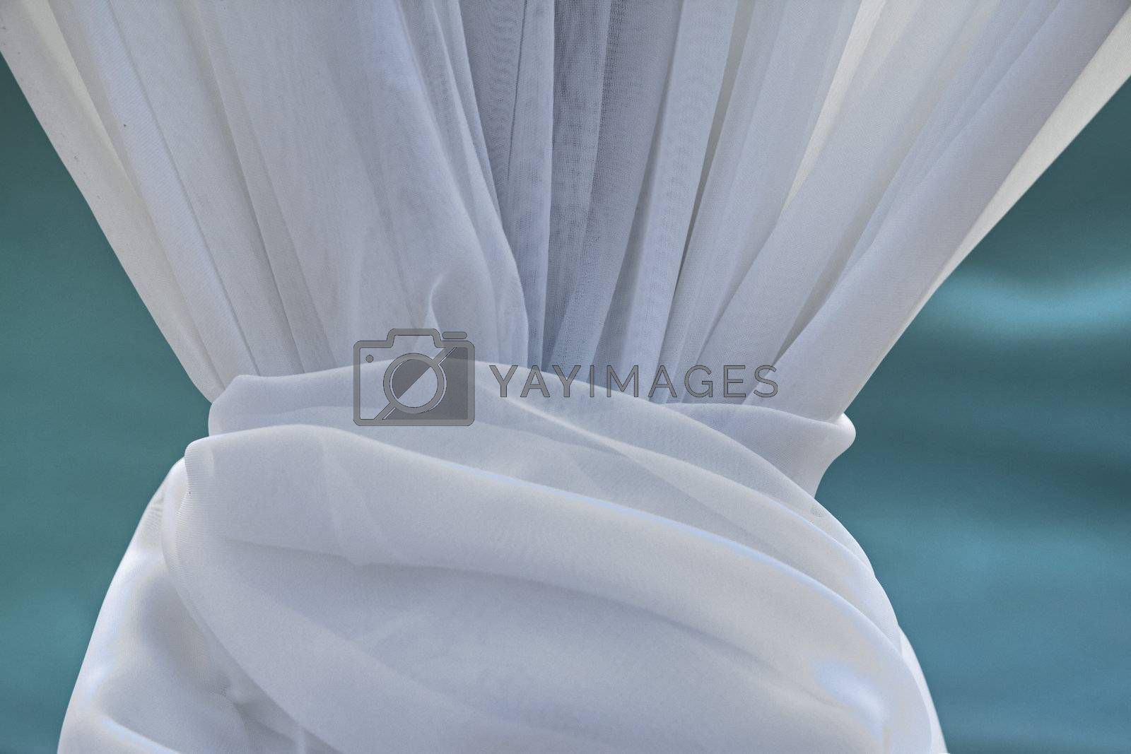 Draping decoration intended for use at a tropical wedding
