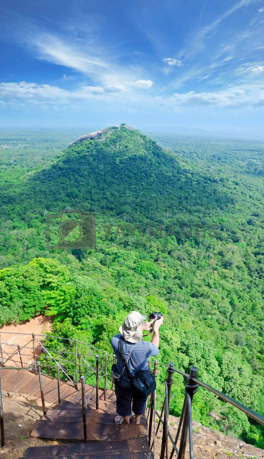Sigiriya ( Lion's rock ) is a large stone and ancient palace ruin in the central  Sri Lanka