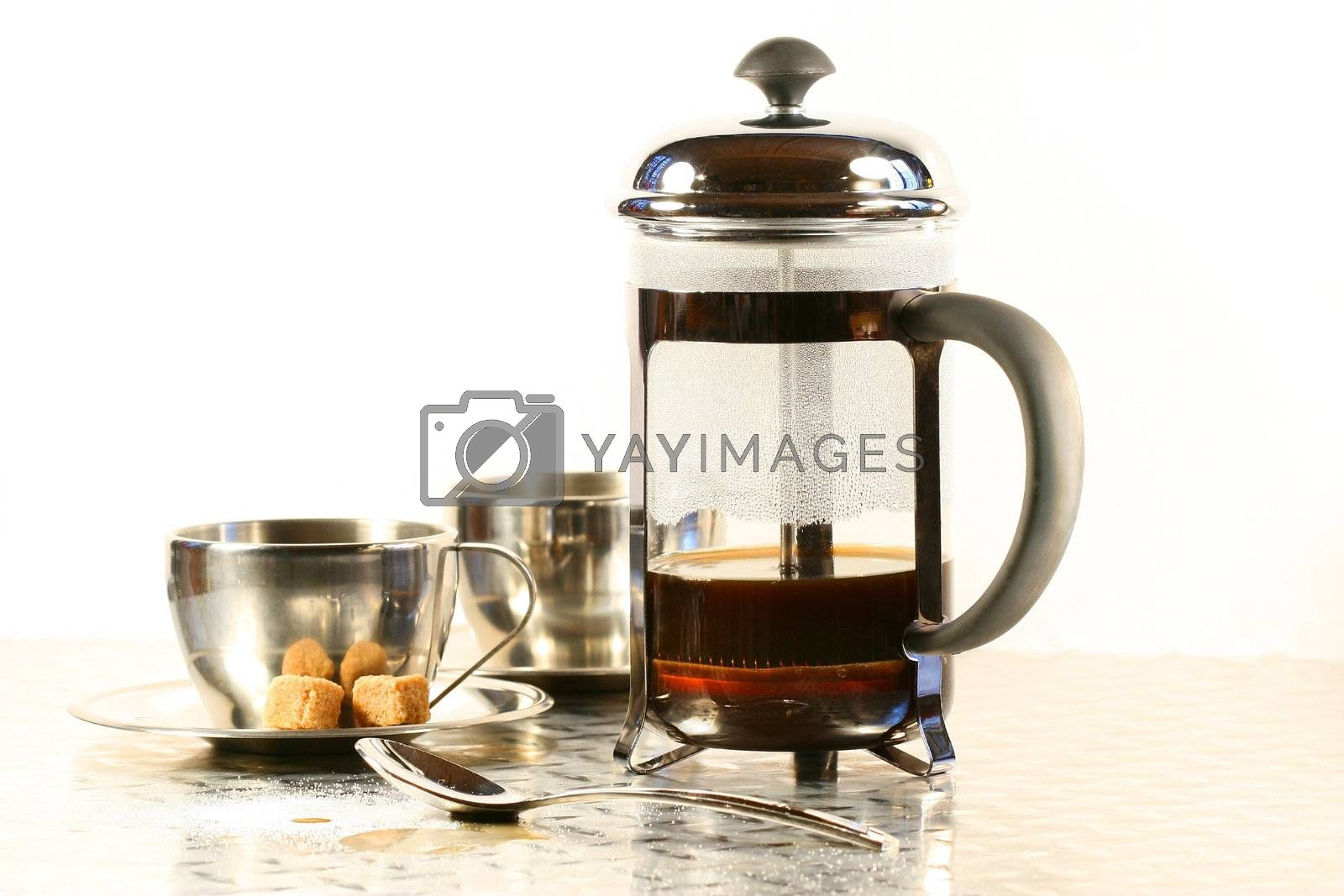 Coffee cups with french press / cafetiere