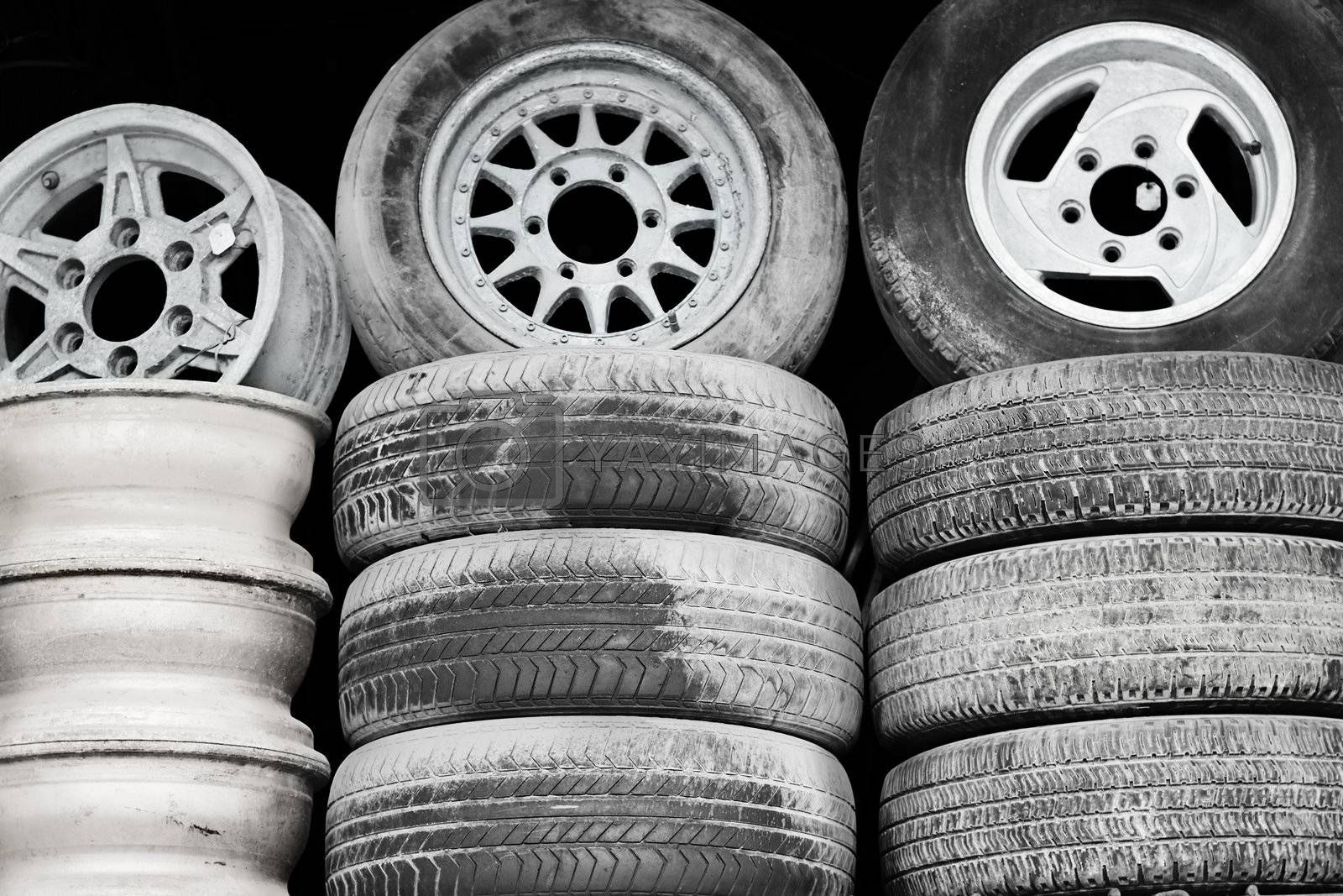 Old wheels on the sale of junk