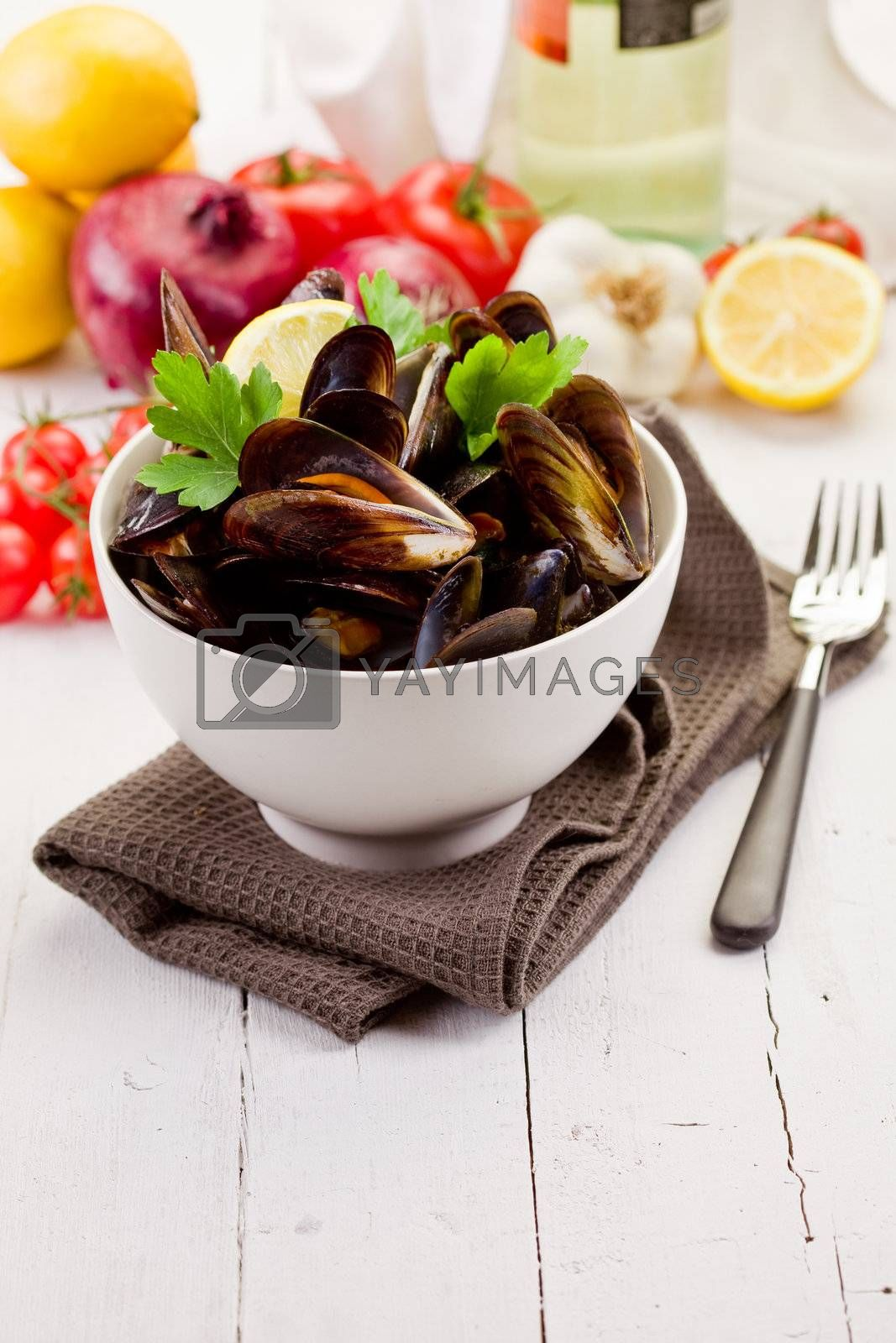 delicious italian fish dish made with mussels and white wine