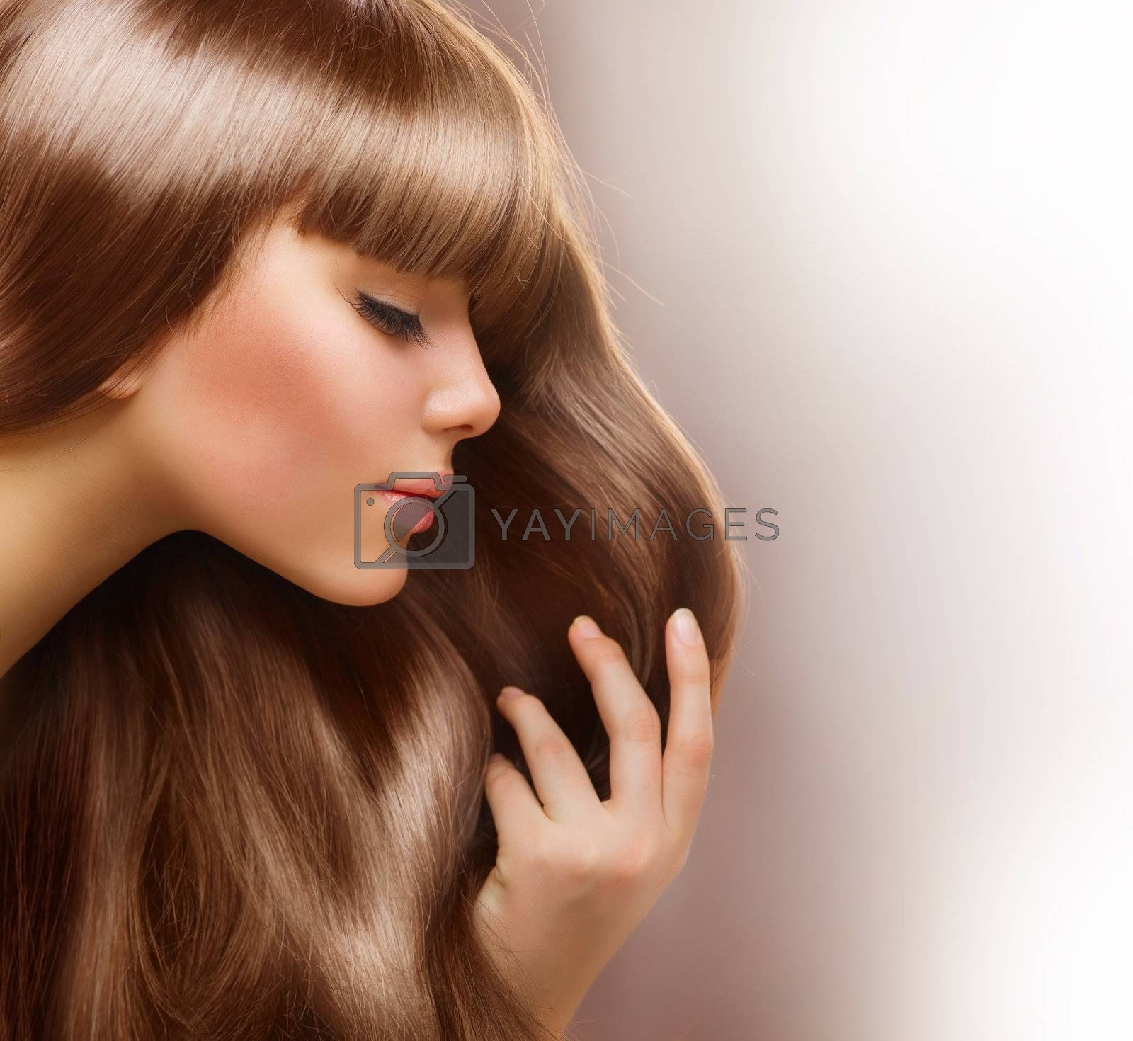 Blond Hair.Beautiful Woman with Healthy Straight Long Hair