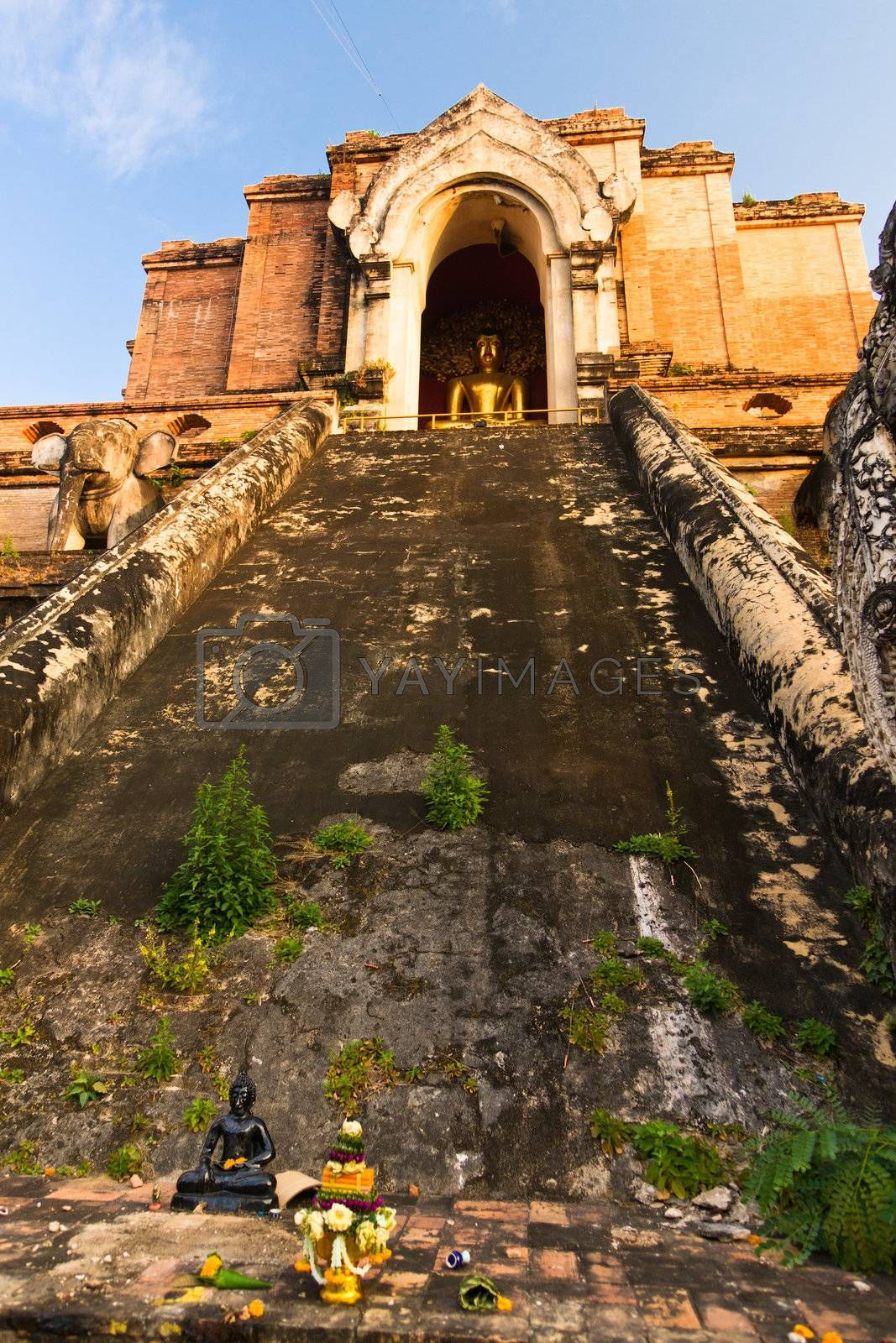 Ancient temple Wat Chedi Luang in Chiang Mai, Thailand