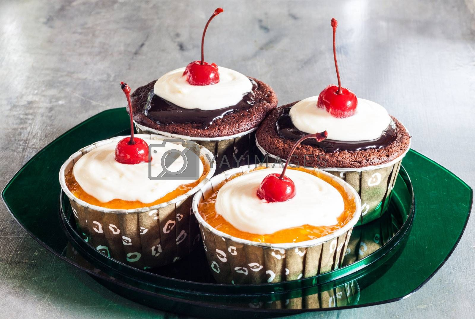 Two Chocolate and Two Butter Marmalade Cupcakes