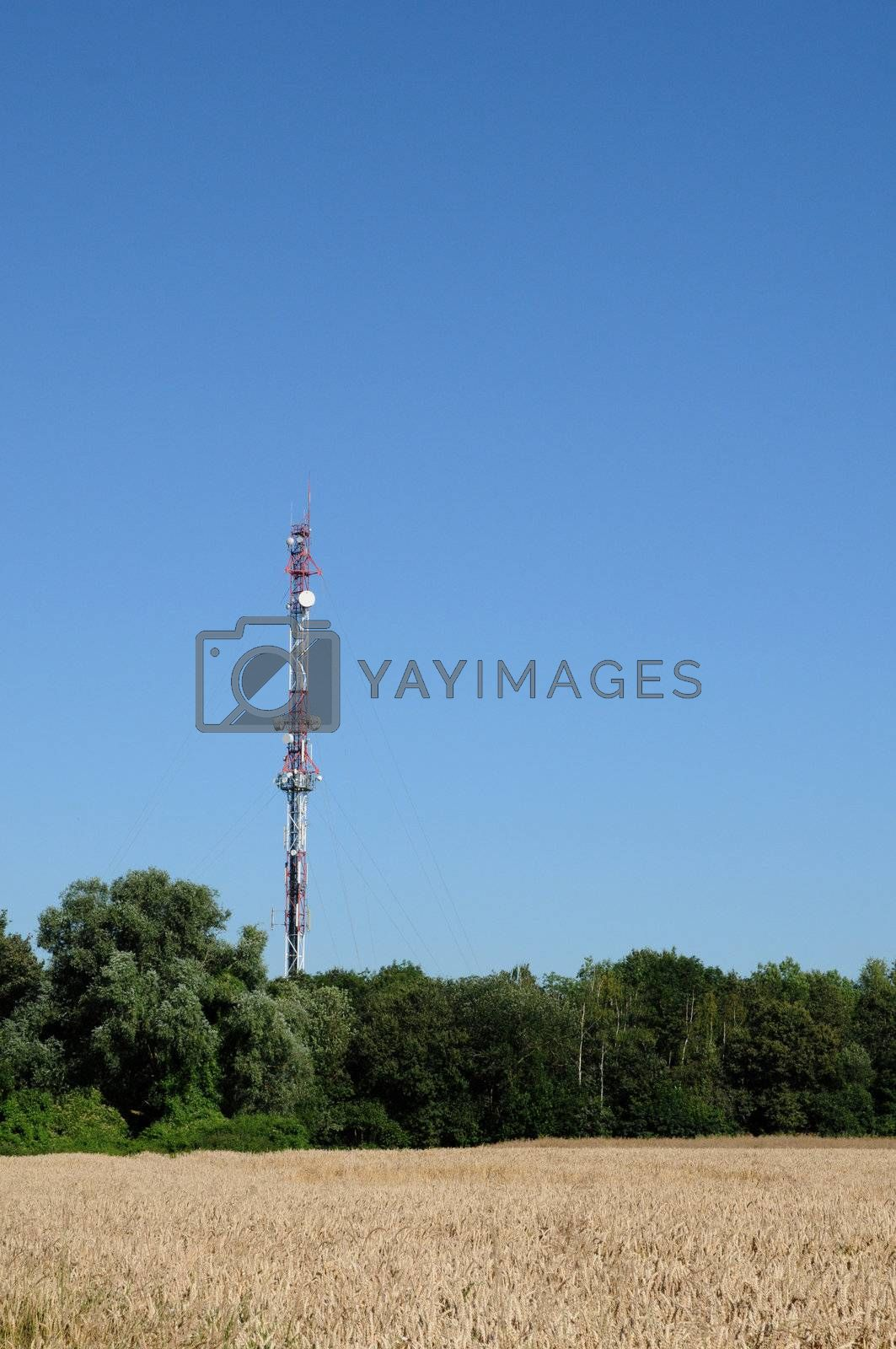France, antennas on a pylon in les Alluets le Roi