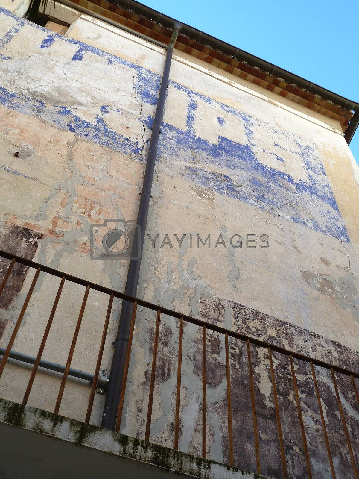 old wall by gazmoi