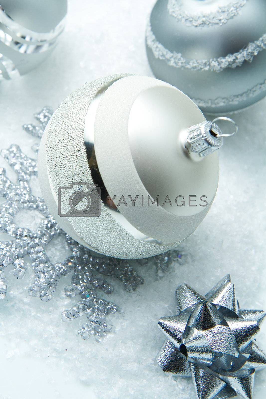 wintry silver Christmas decorations by lsantilli