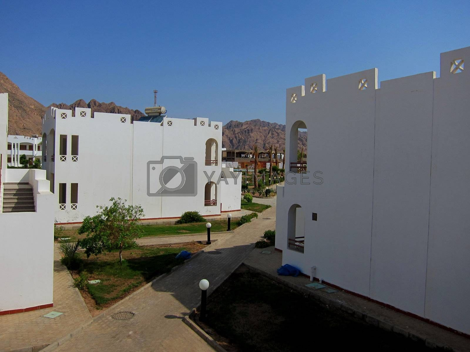 beautiful white houses with rooms in egypt on holiday