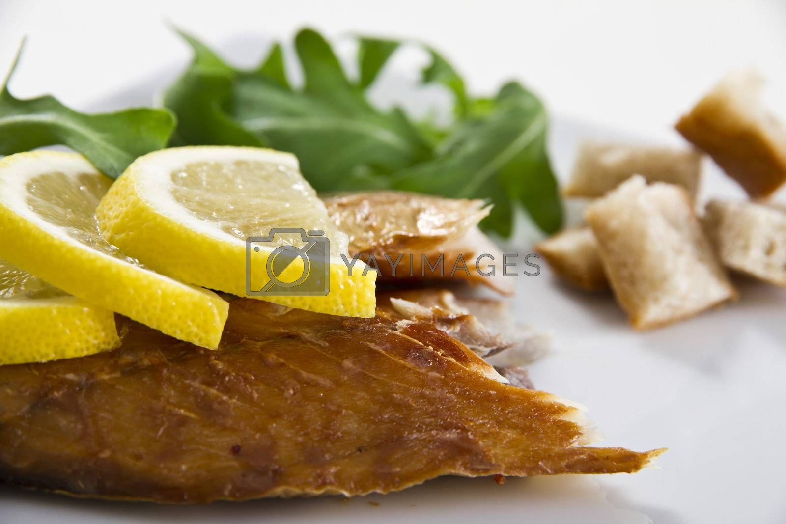 Smoked mackerel fish with lemon salad and bread