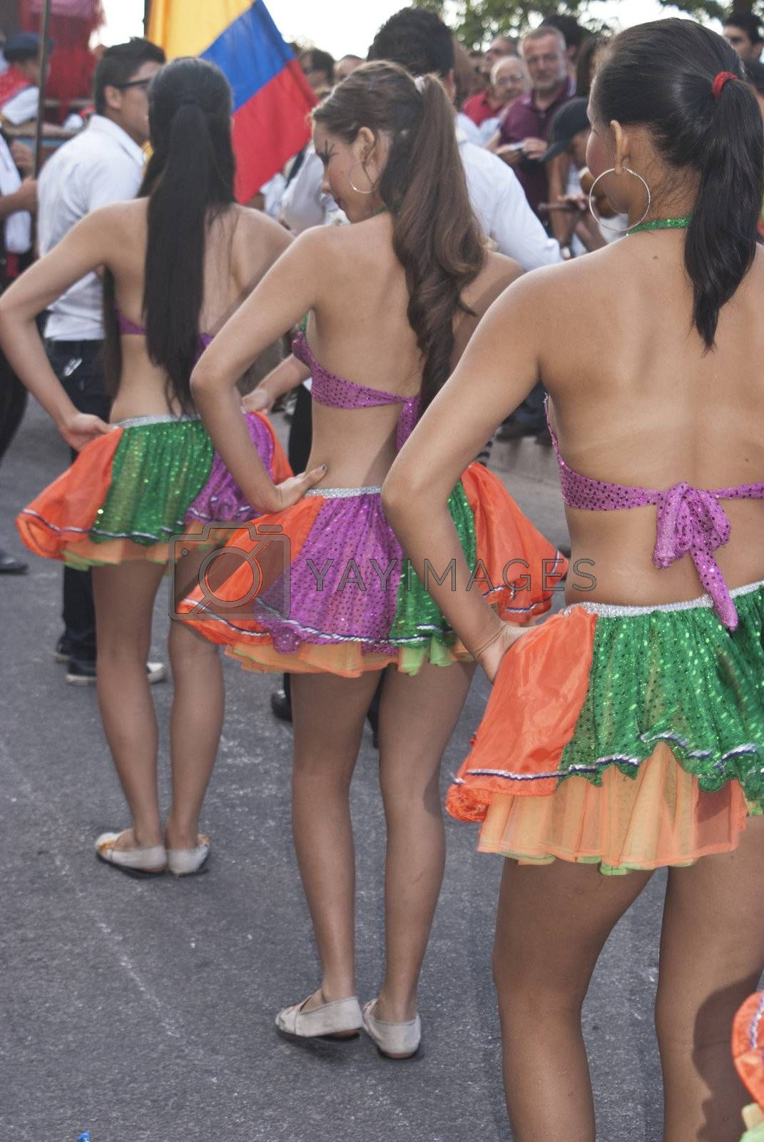 """POLIZZI GENEROSA, SICILY-AUGUST 19: Colombian folk group at the """"Festival of hazelnuts"""" dance and parade through the city on August 19, 2012 in Polizzi Generosa, Sicily, Italy"""