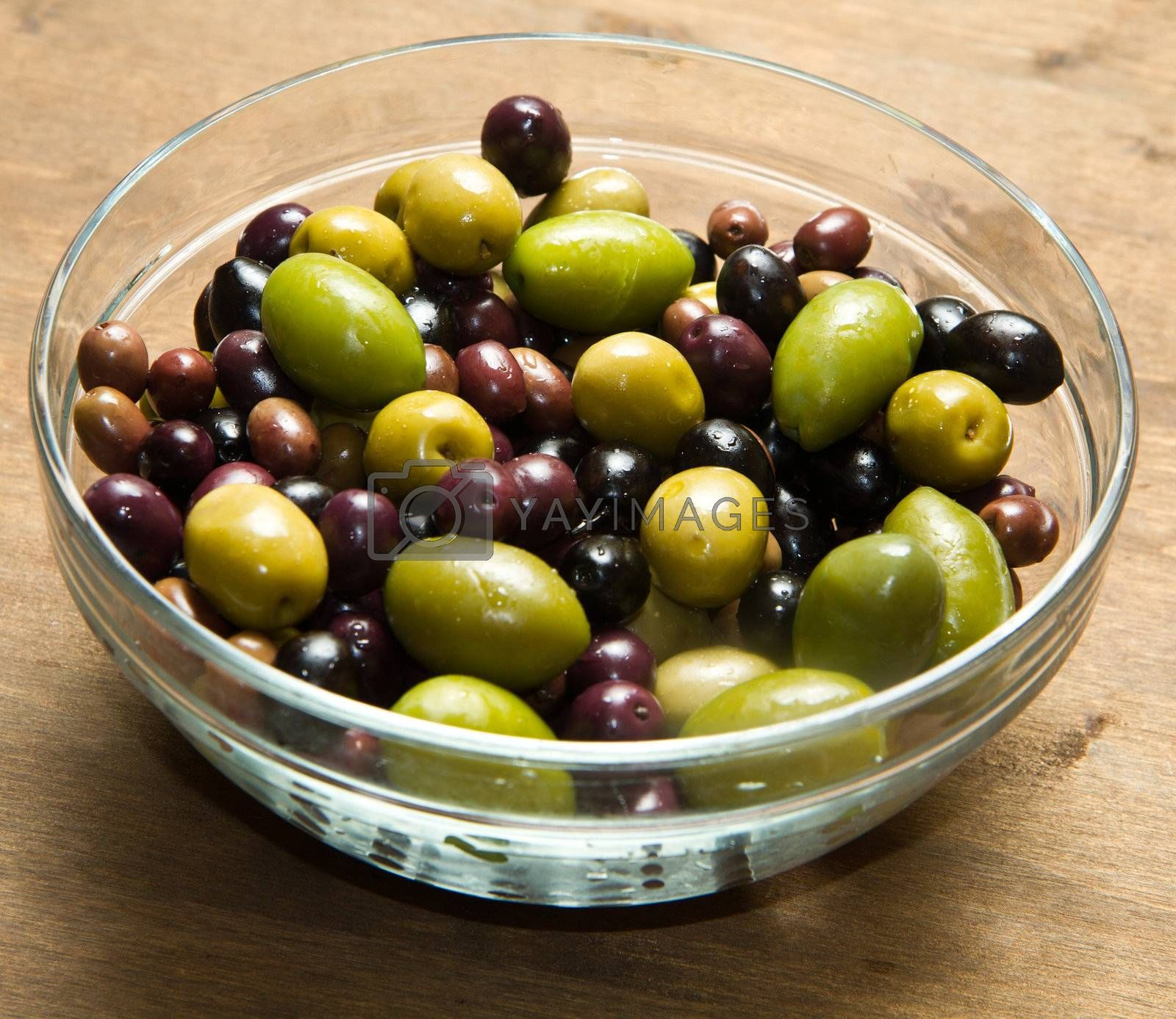 different kind of green and black olives