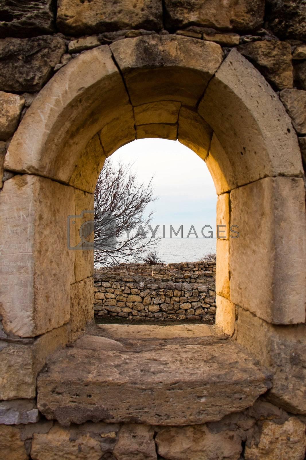 Window in Chersonesos ruins