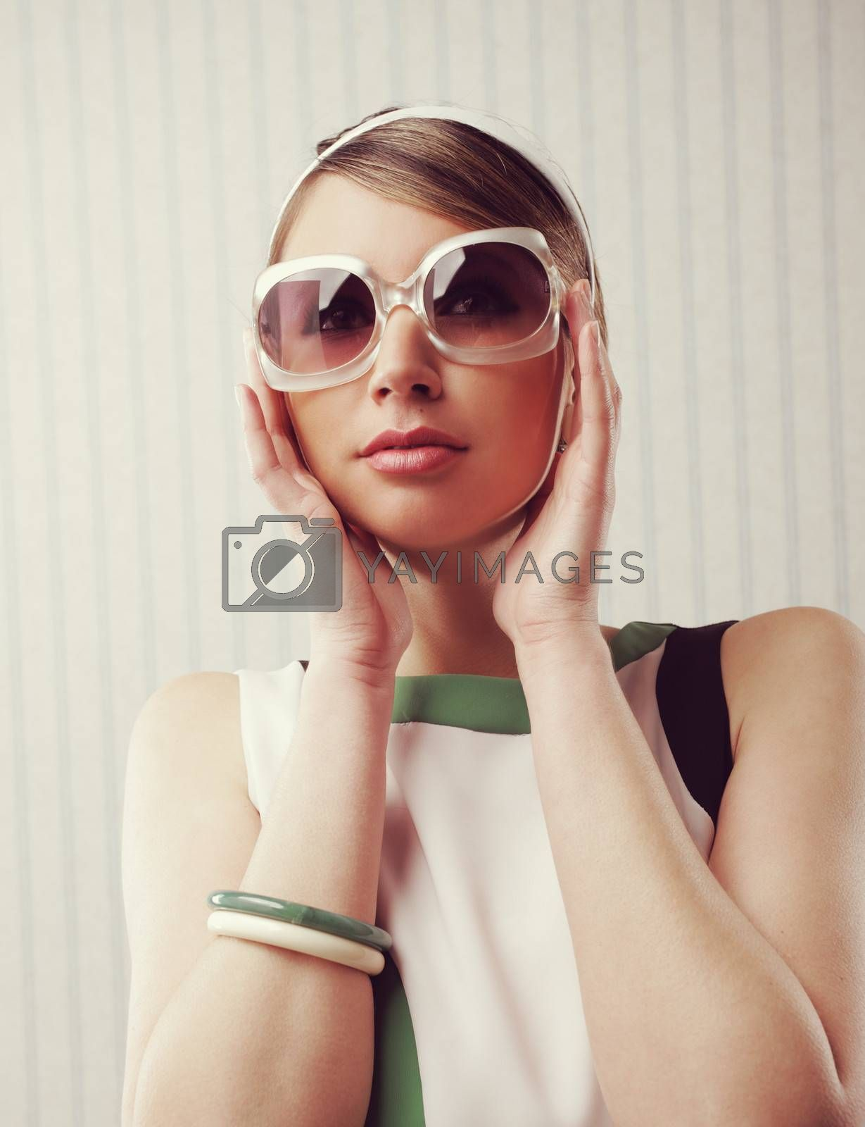 Vintage fashion by stokkete