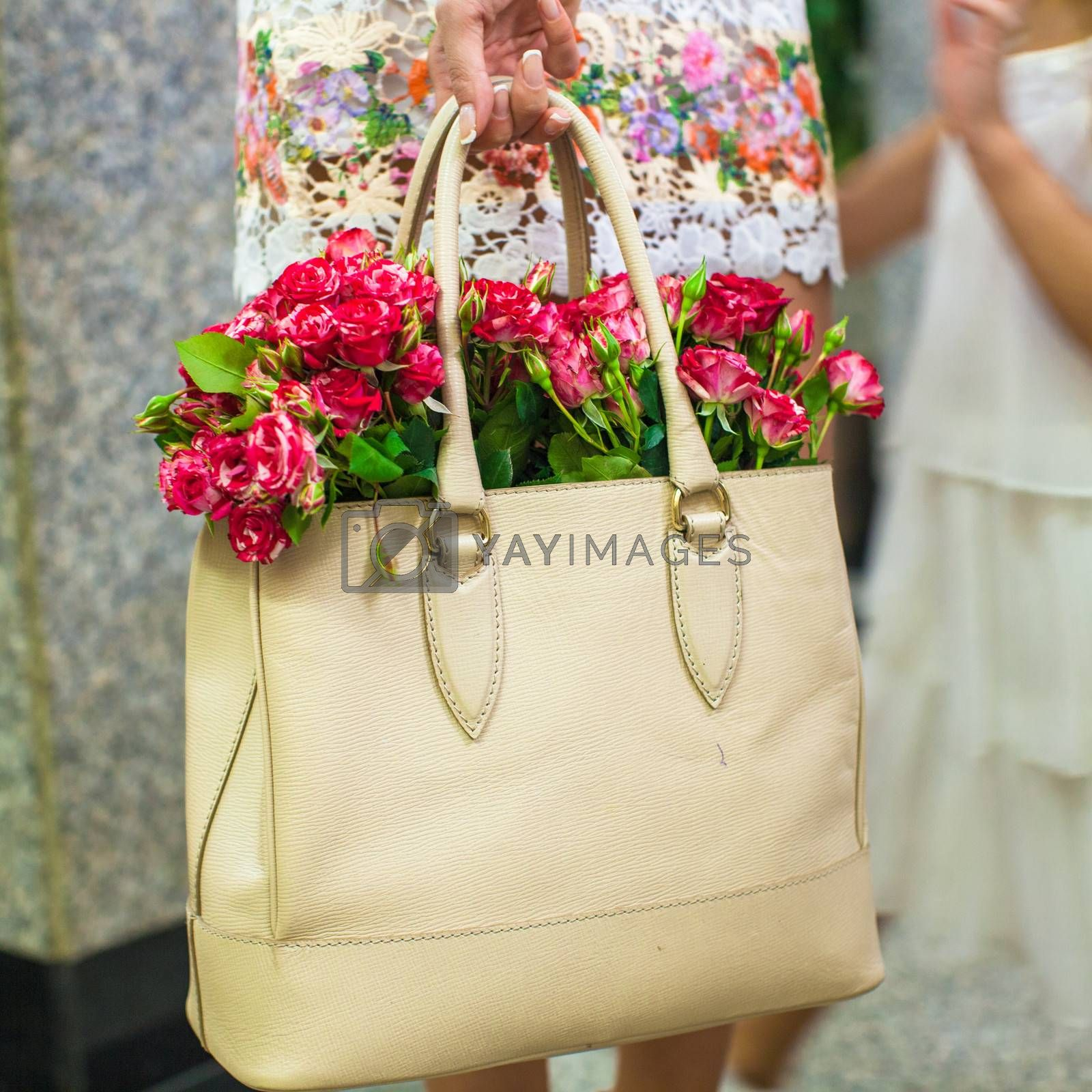 Small red charming flowers in fashion women's bag