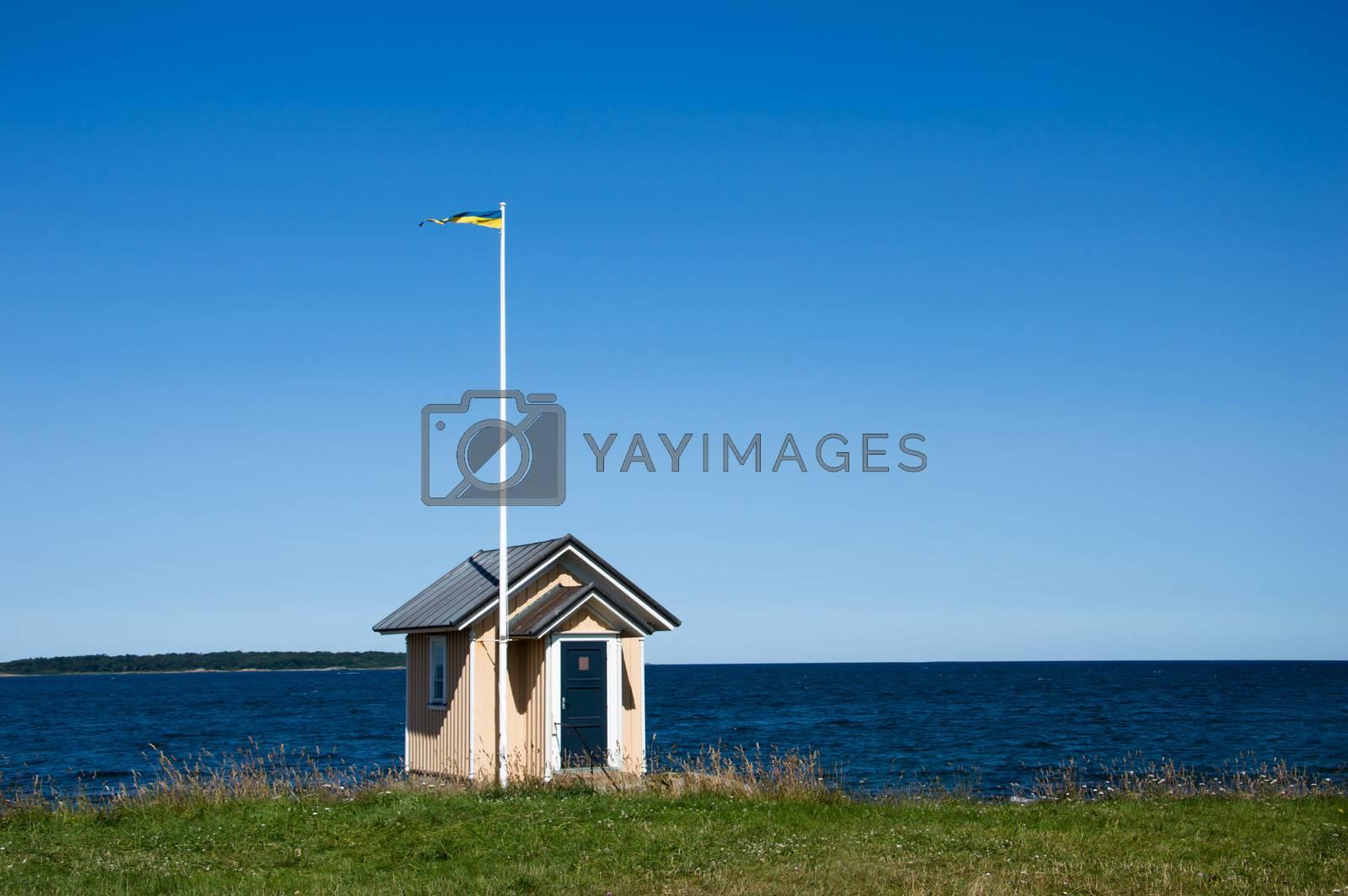 Lotshus vid havet