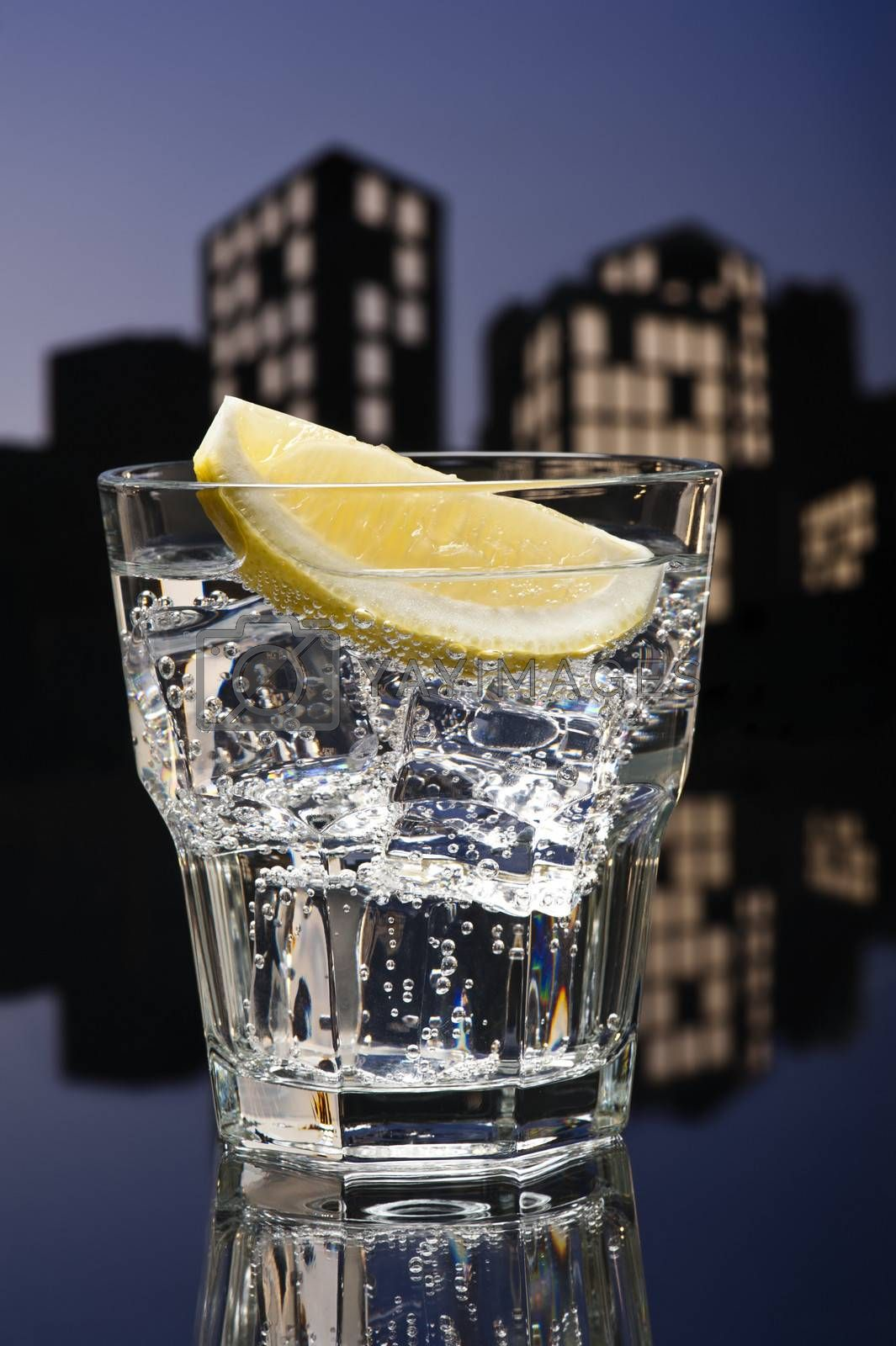 Metropolis Tom Collins cocktail in city skyline setting