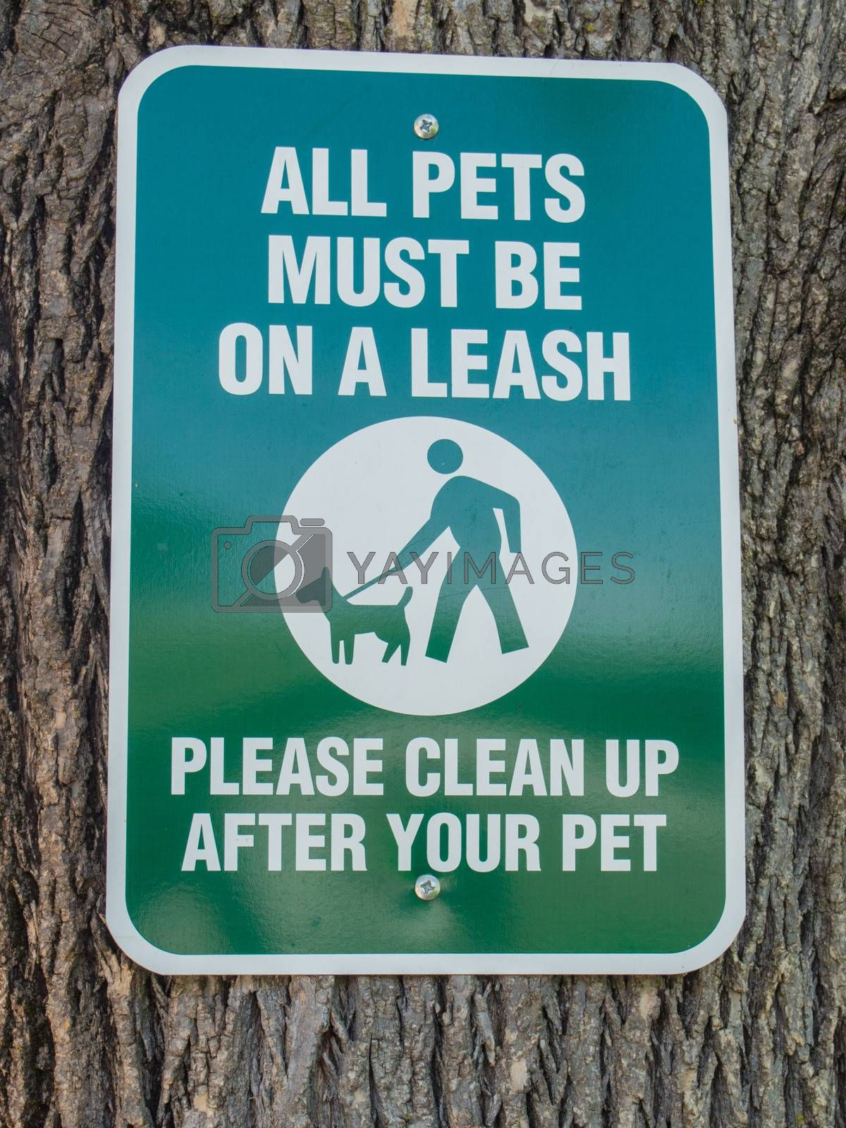 All Pets Must Be On A Leash Signs Aware Owners Of Pet Restrictions