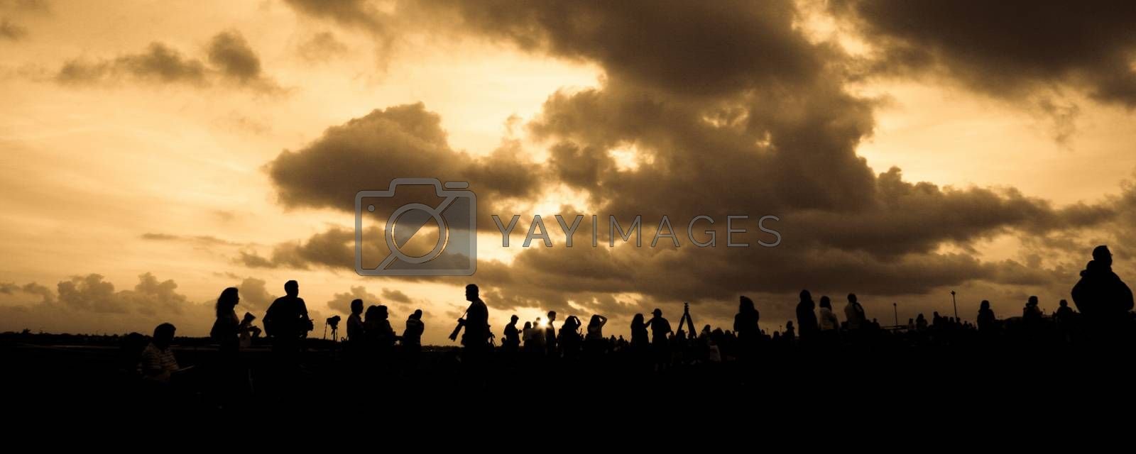 Silhouette of photographers waiting for balloon race in Miami, Miami-Dade County, Florida, USA