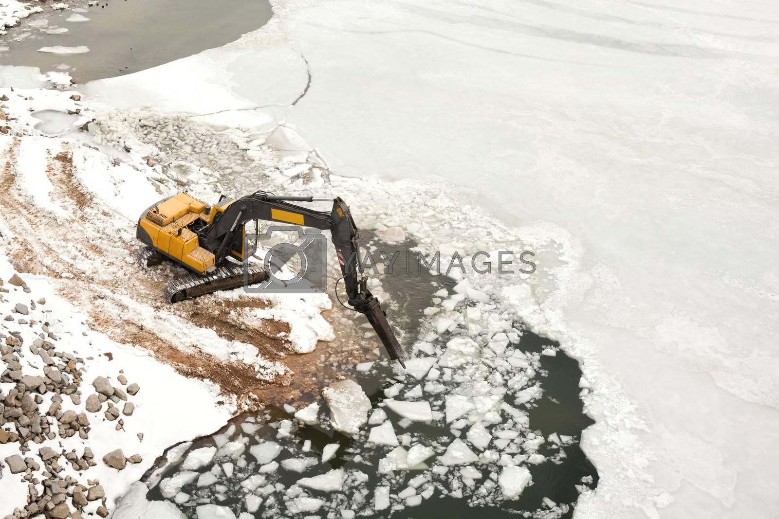 Machine breaking the ice