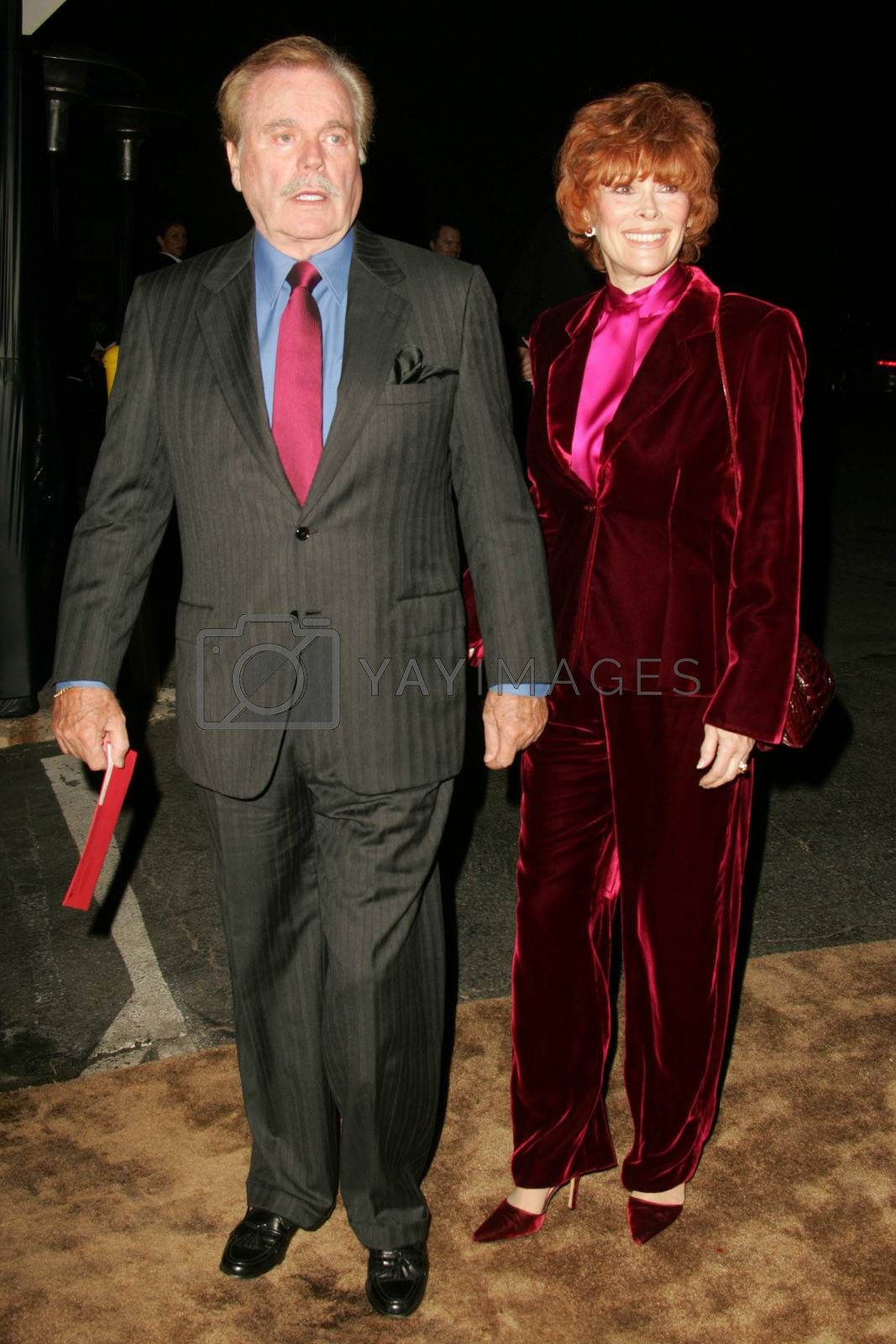 Jill St. John and Robert Wagner at the 2nd Annual A Fine Romance, Hollywood and Broadway Musical Fundraiser. Sunset Gower Studios, Hollywood, CA. 11-18-06