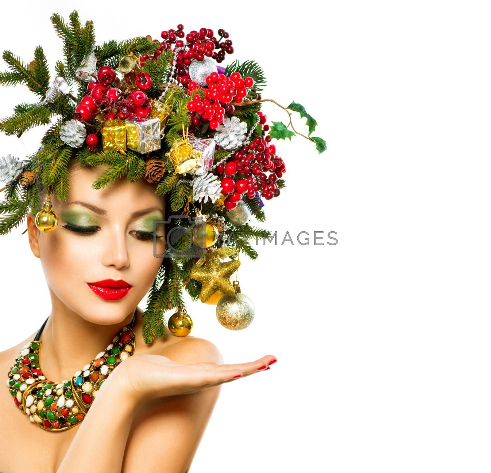 Christmas Woman. Beautiful Holiday Christmas Tree Hairstyle