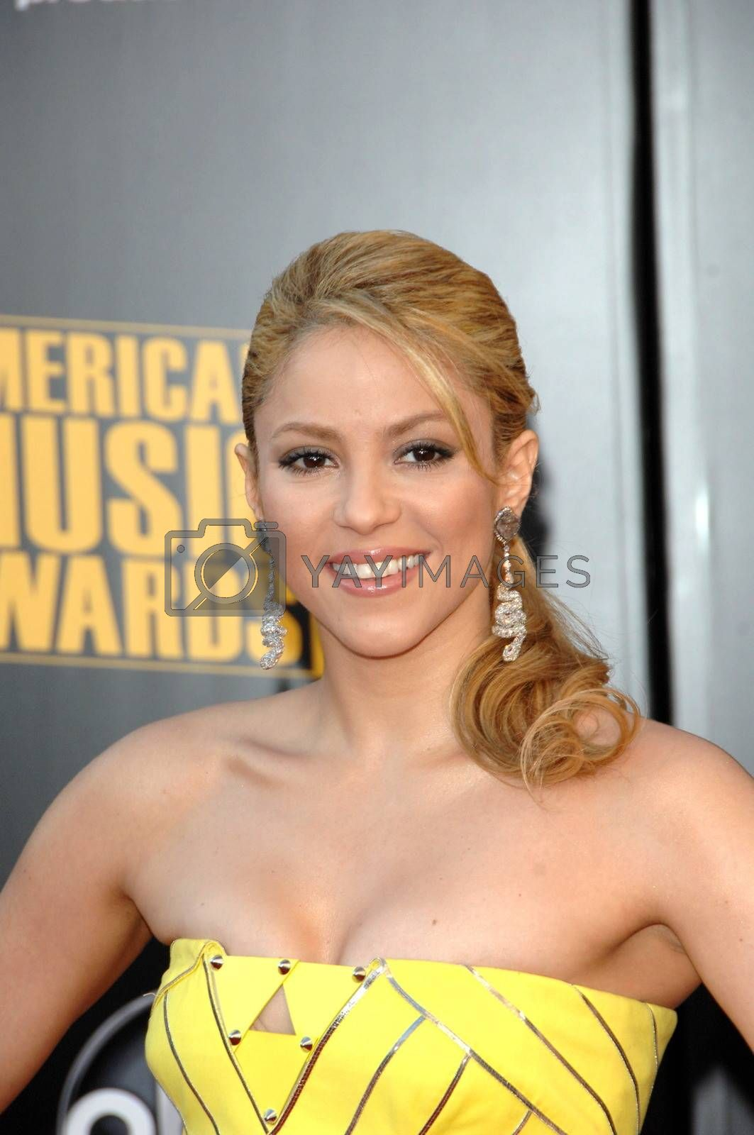 Shakira  at the 2009 American Music Awards Arrivals, Nokia Theater, Los Angeles, CA. 11-22-09
