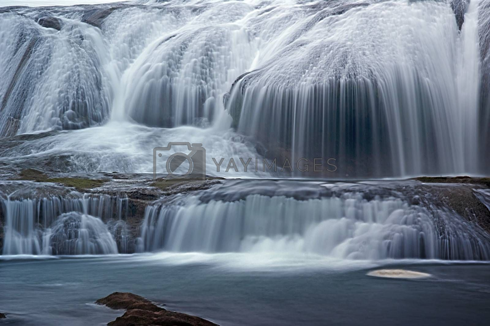 Steep waterfall pond by xfdly5