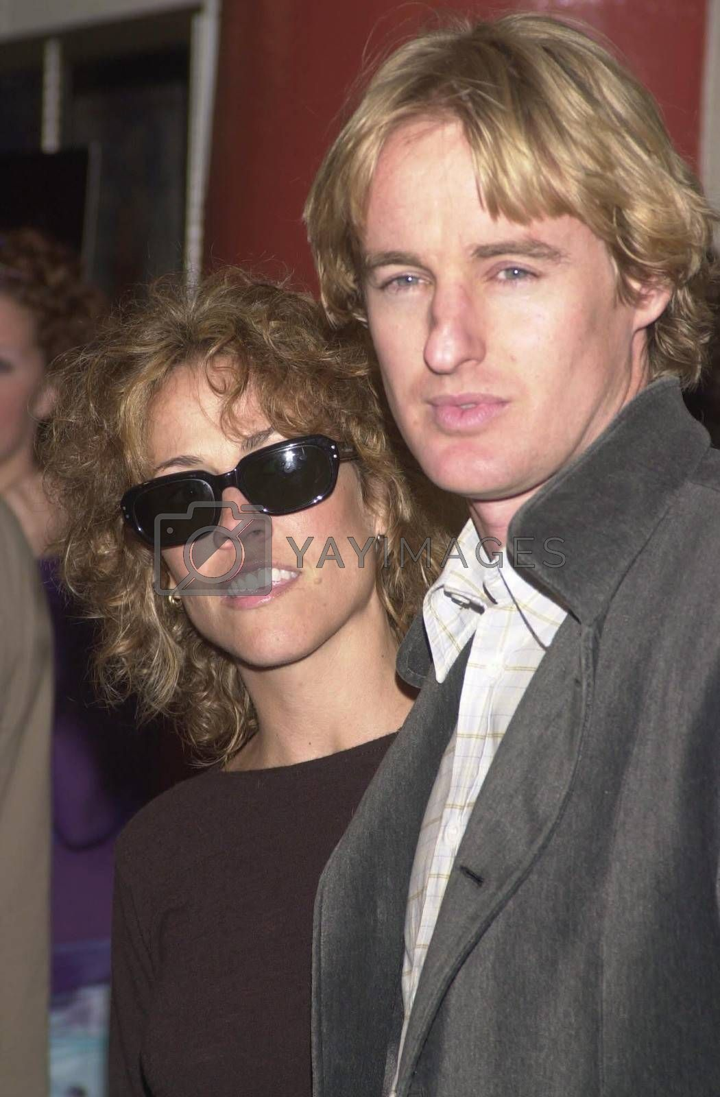 """Sheryl Crow and Owen Wilson at the premiere of Miramax's """"COMMITTED"""" in Westwood, 04-18-00"""