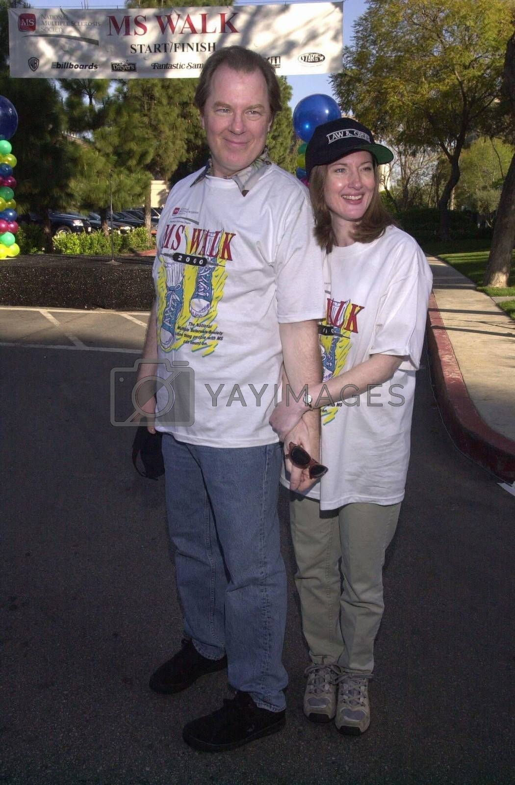 """Michael Nickean and Annette O'Toole at the MS Walk 2000, where the cast of """"Laverne and Shirley"""" reunited. Burbank, 04-09-00"""
