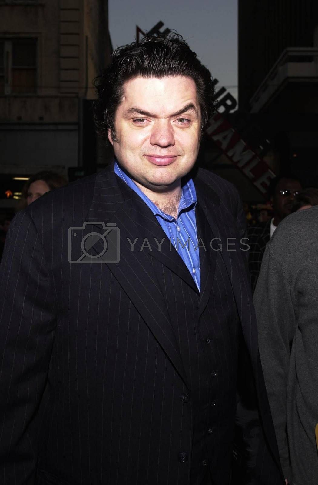 """Oliver Platt at the premiere of Warner Brother's """"READY TO RUMBLE"""" in Hollywood, 04-05-00"""