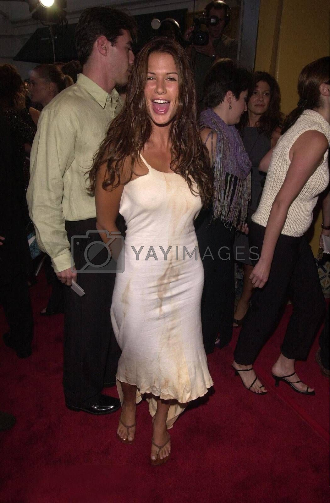 Rhona Mitra at the premiere of Hollow Man in Westwood. 08-02-00
