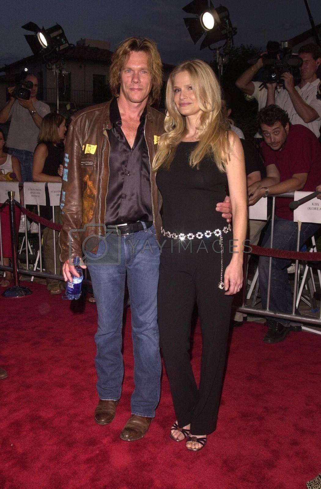 Kevin Bacon and Kyra Sedgwick at the premiere of Hollow Man in Westwood. 08-02-00