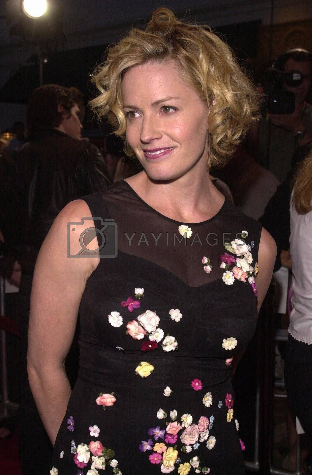 Elisabeth Shue at the premiere of Hollow Man in Westwood. 08-02-00