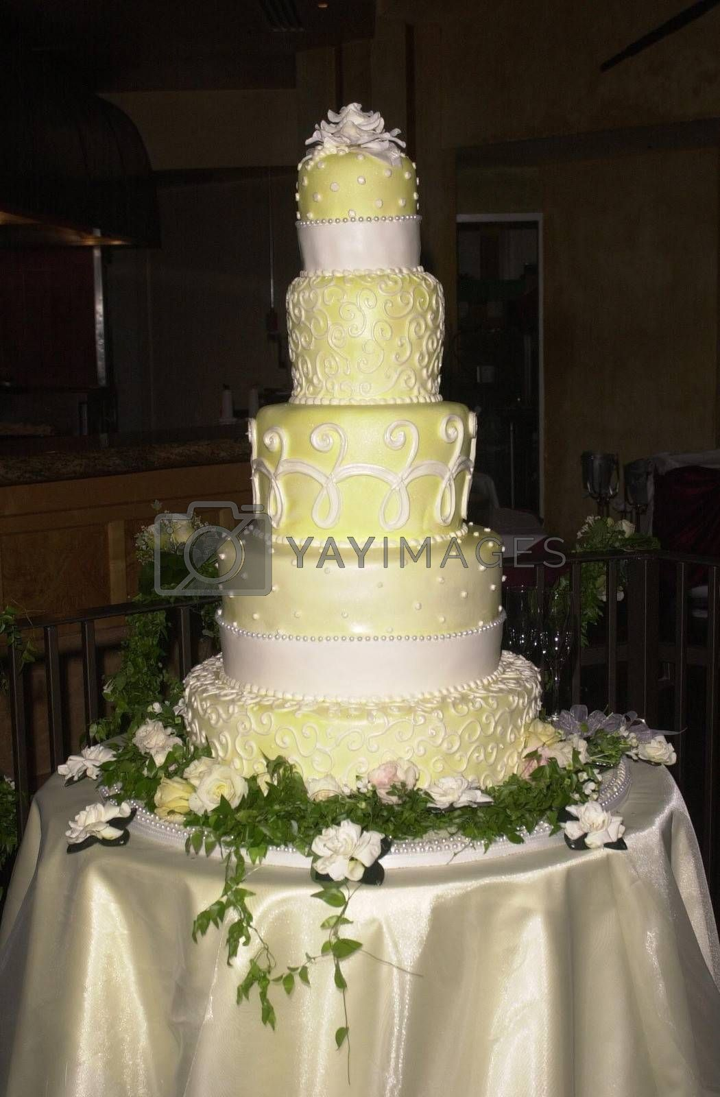The Cake at the premiere of My 5 Wives in Santa Monica. 08-28-00