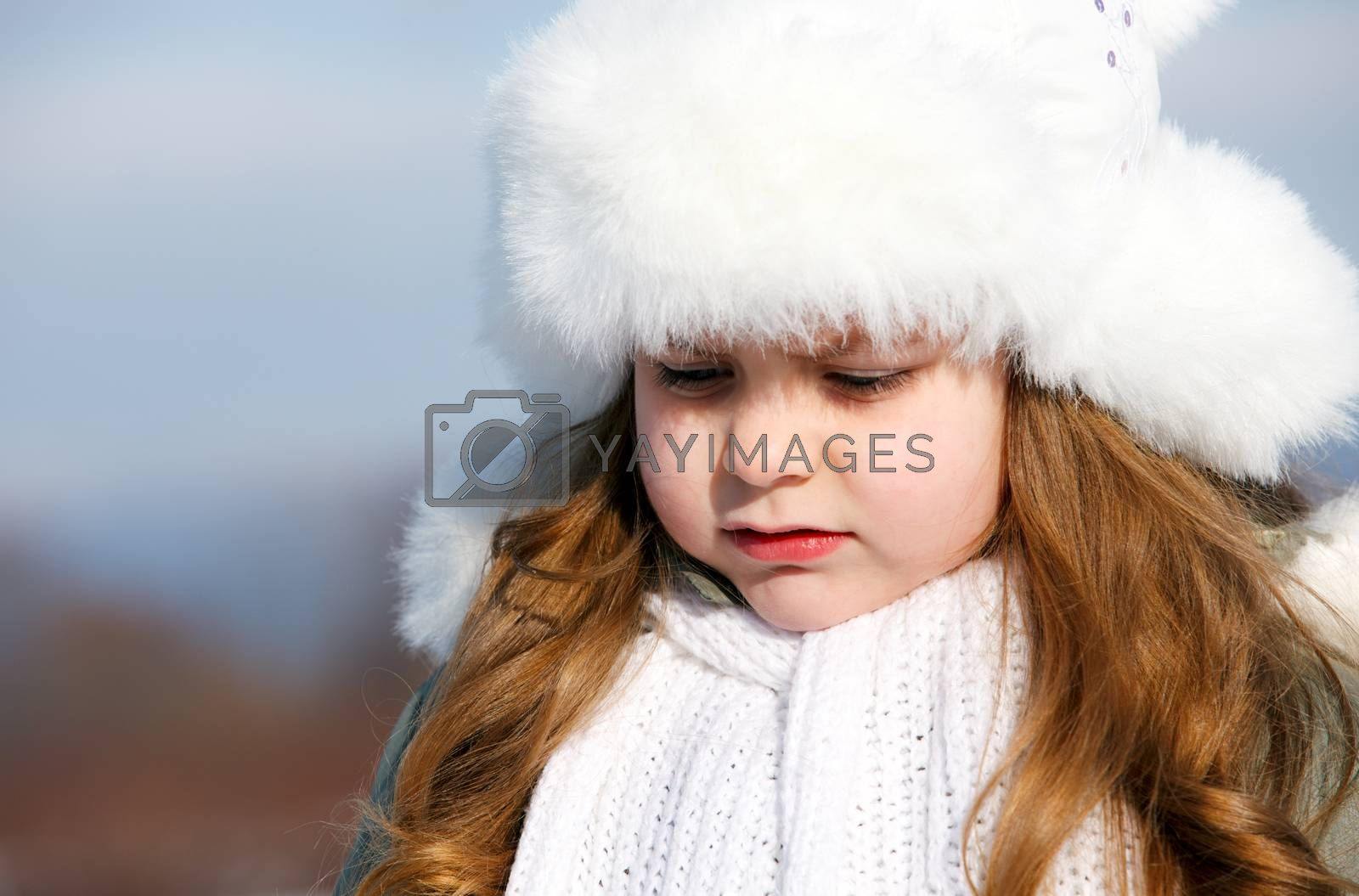 portrait young girl in winter park
