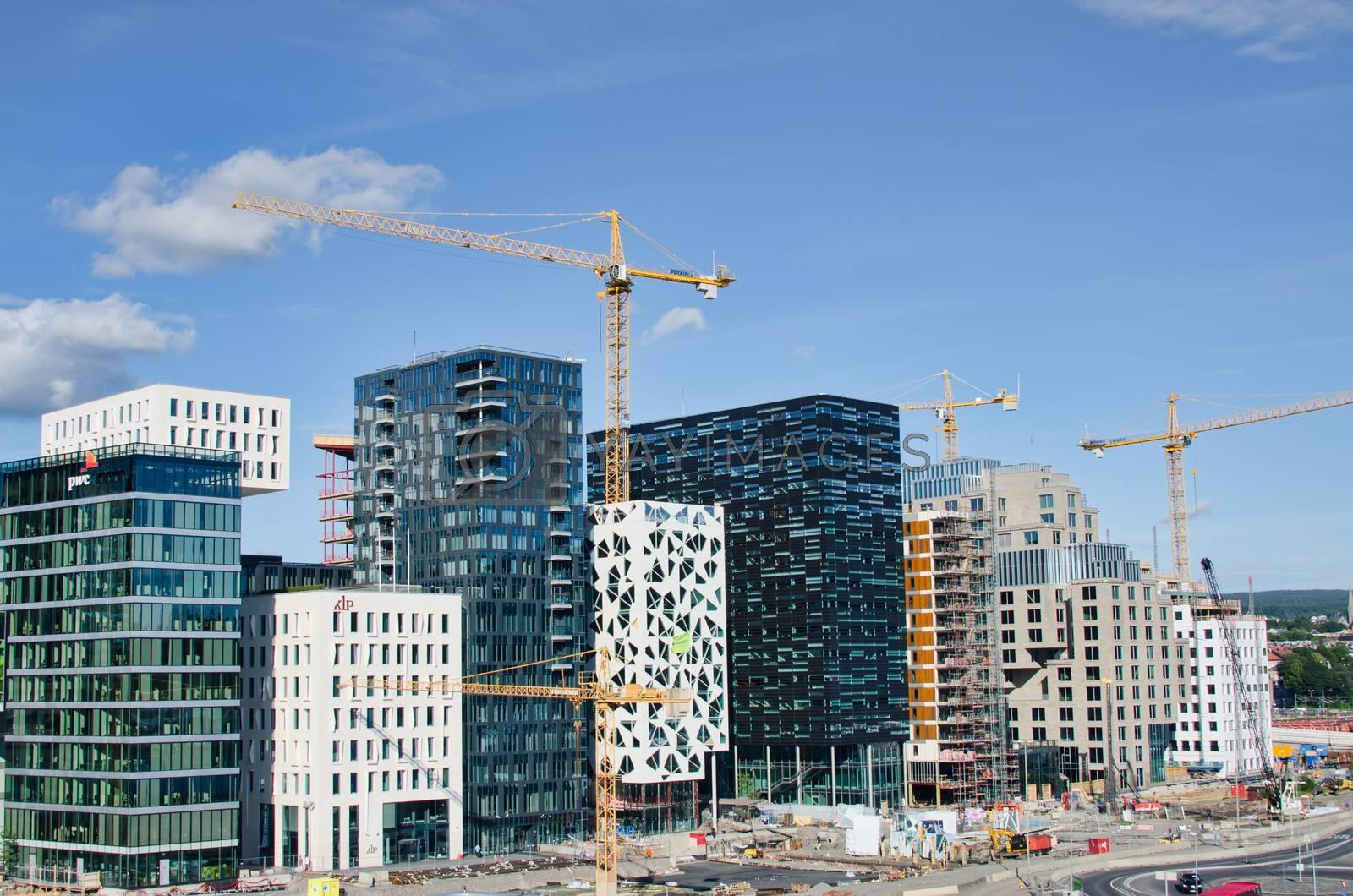 Skyscraper construction by Nanisimova