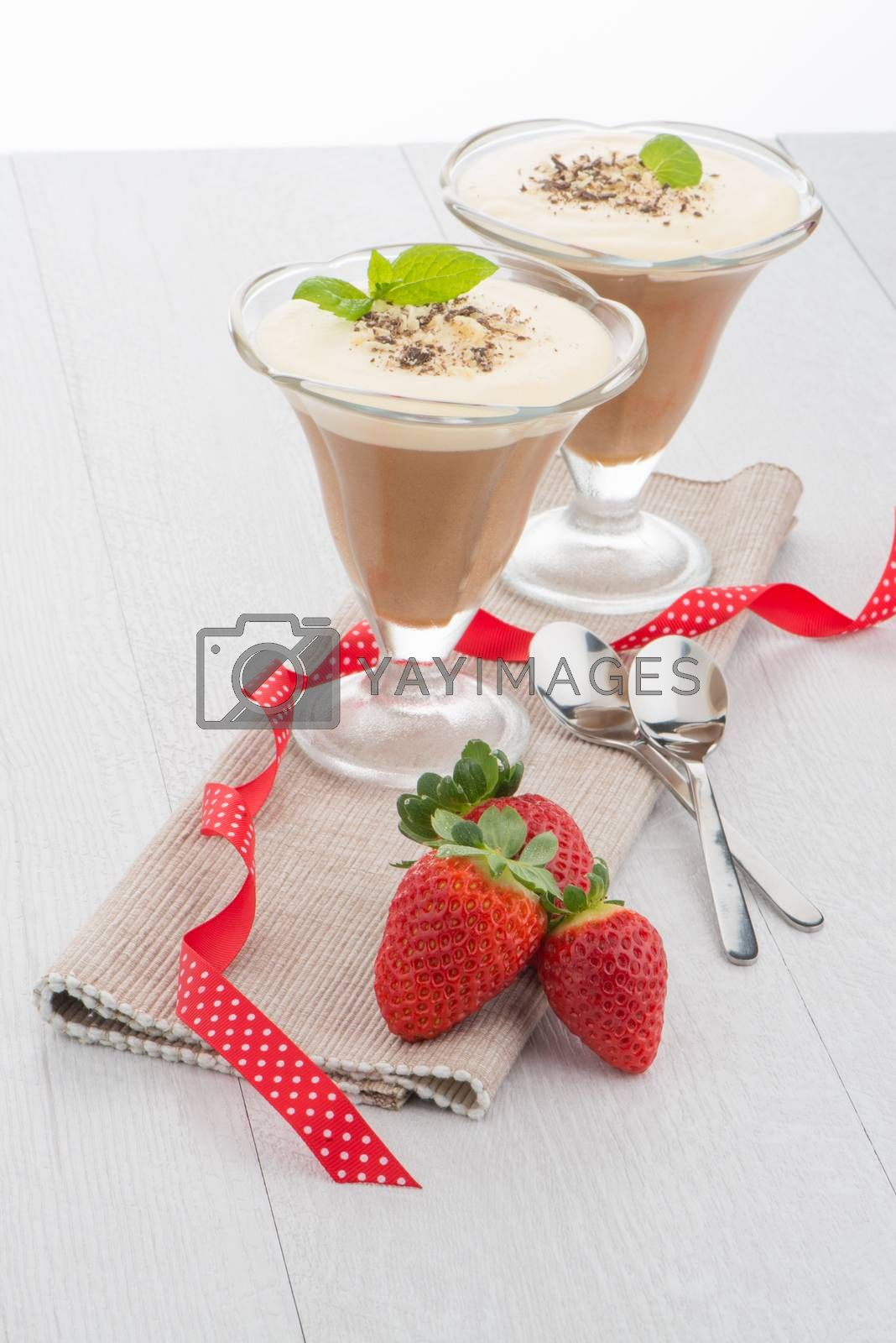 Chocolate mousse and strawberries by homydesign