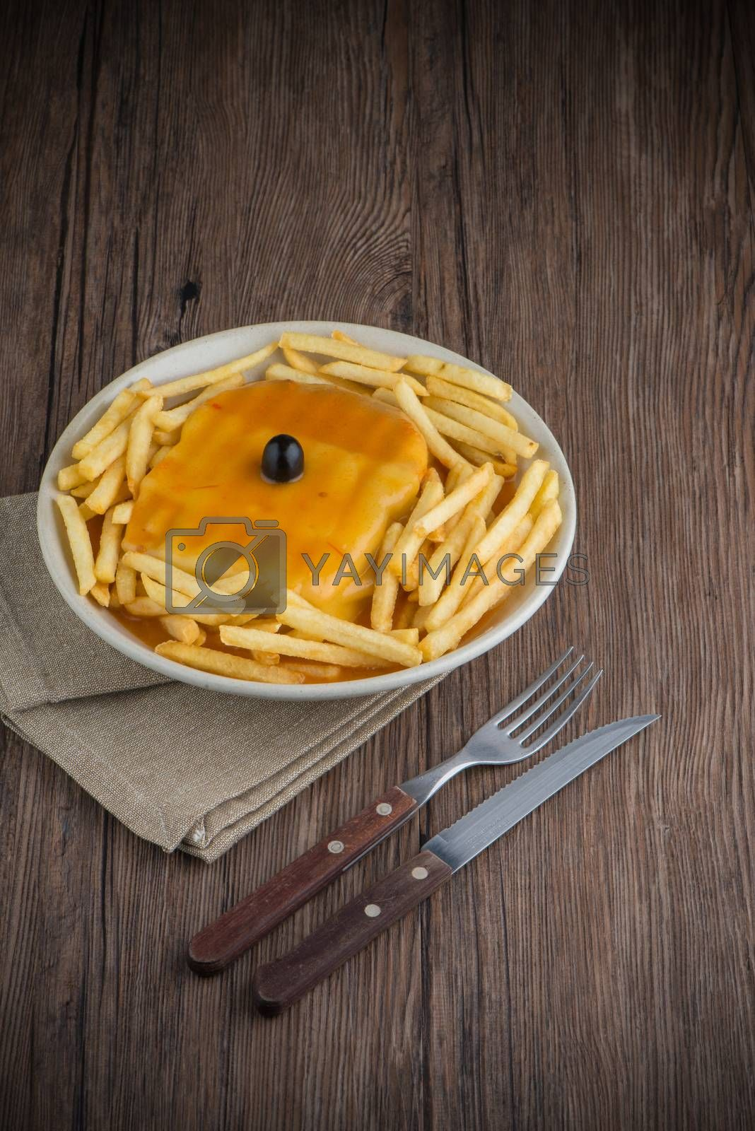 Francesinha on plate by homydesign