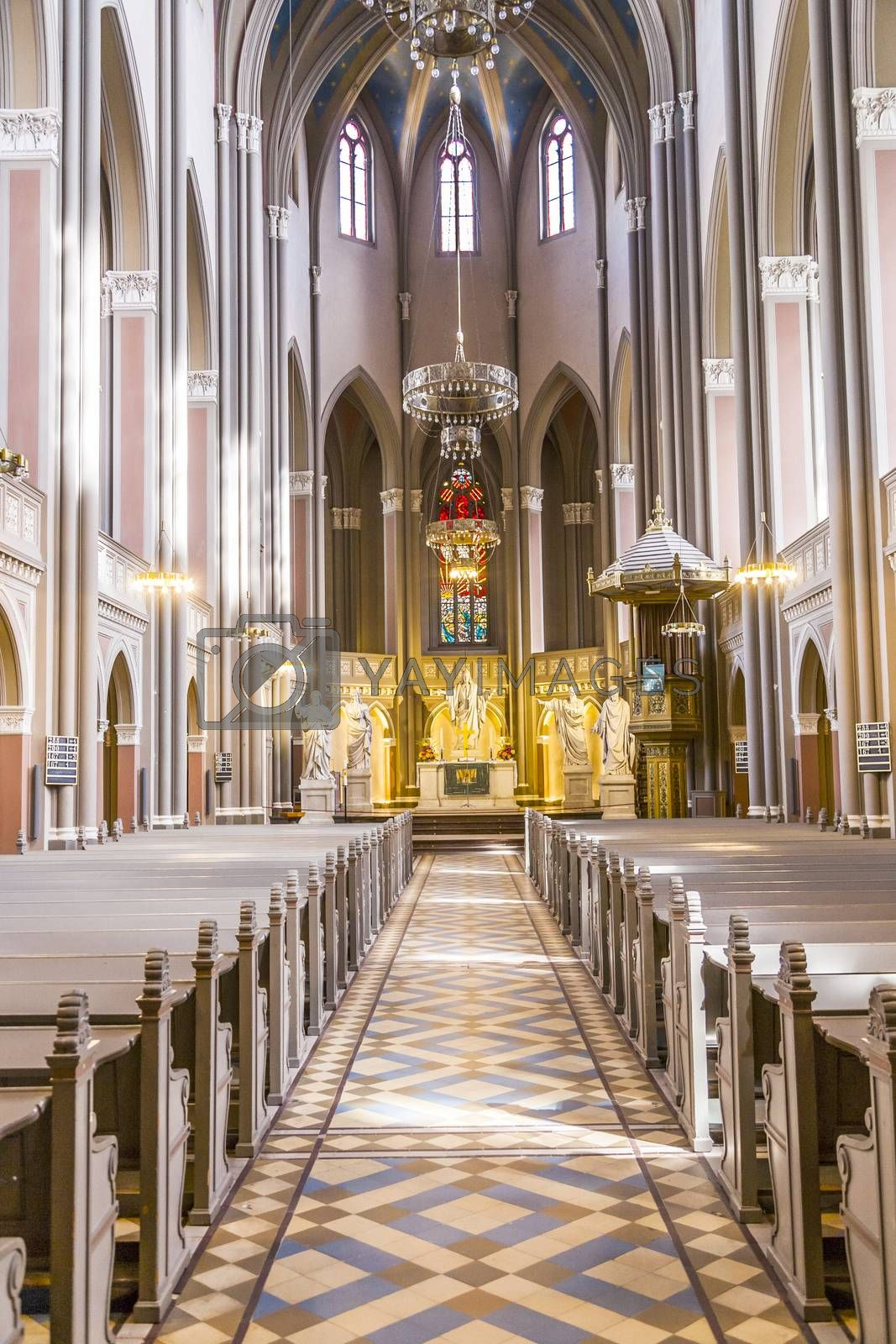 inside the Marktkirche by meinzahn
