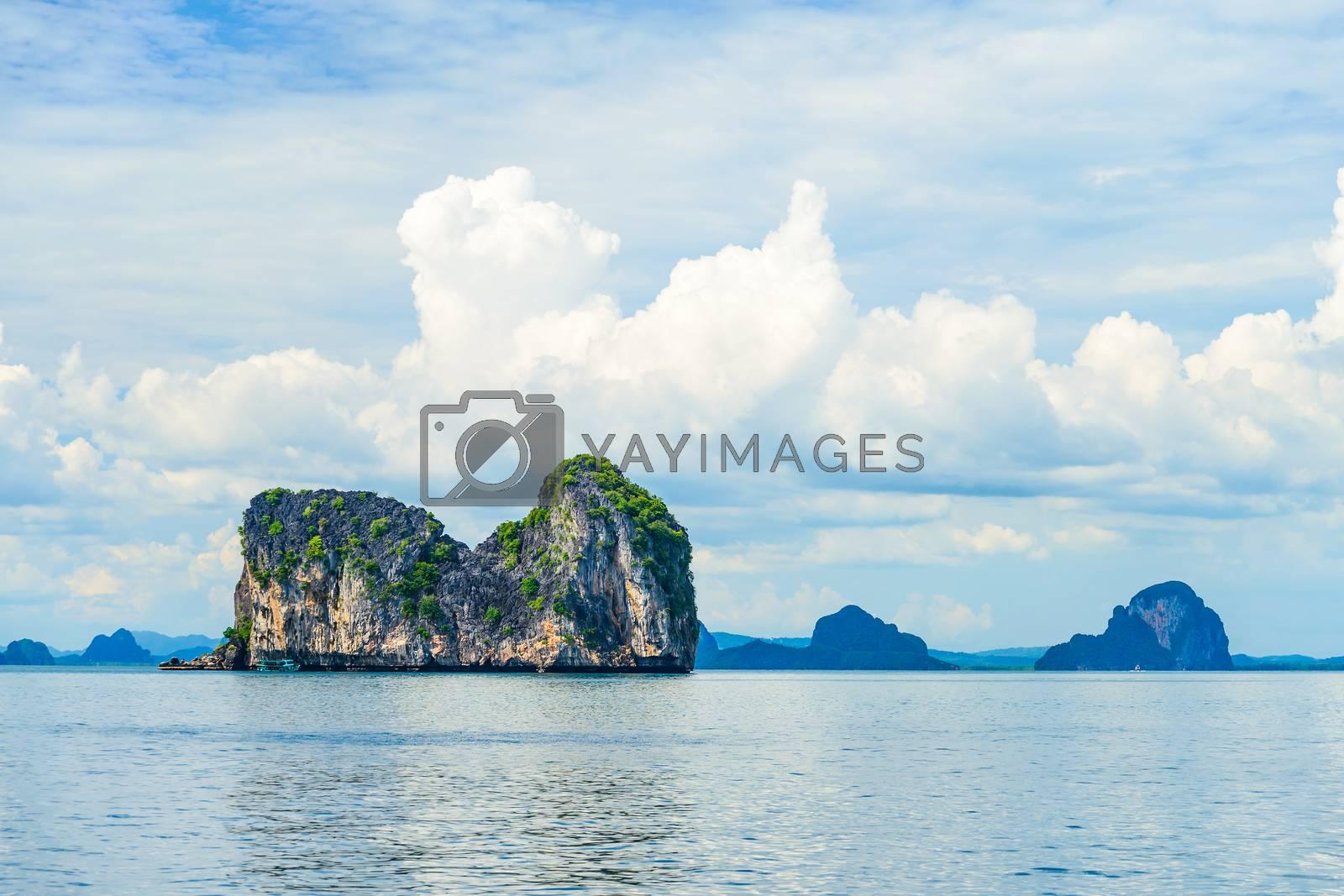 Stony Island, Trang Province, Thailand by jakgree